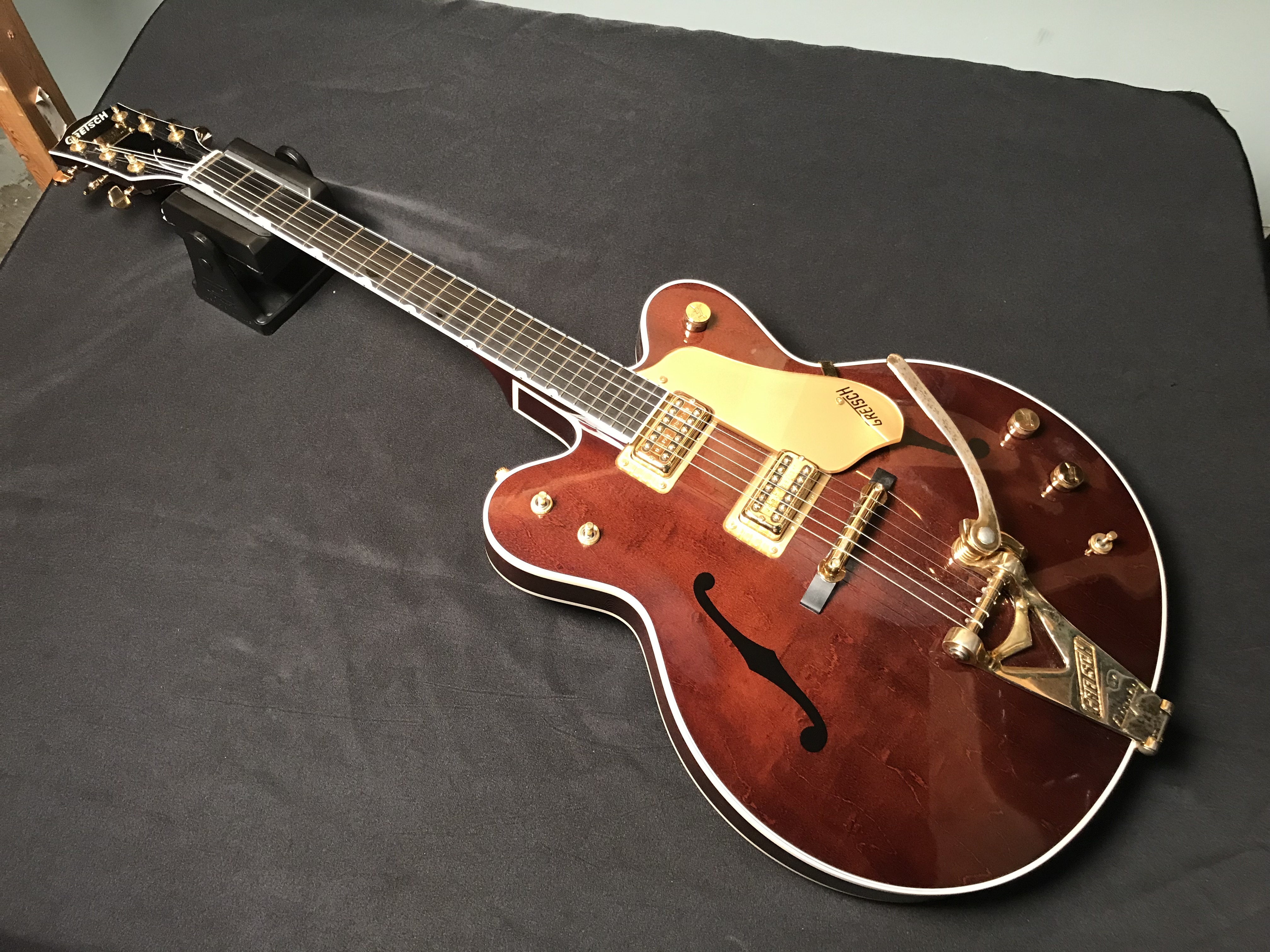 GRETSCH G6122 c.2000 Country Classic Semi Hollow Electric Guitar OHSC