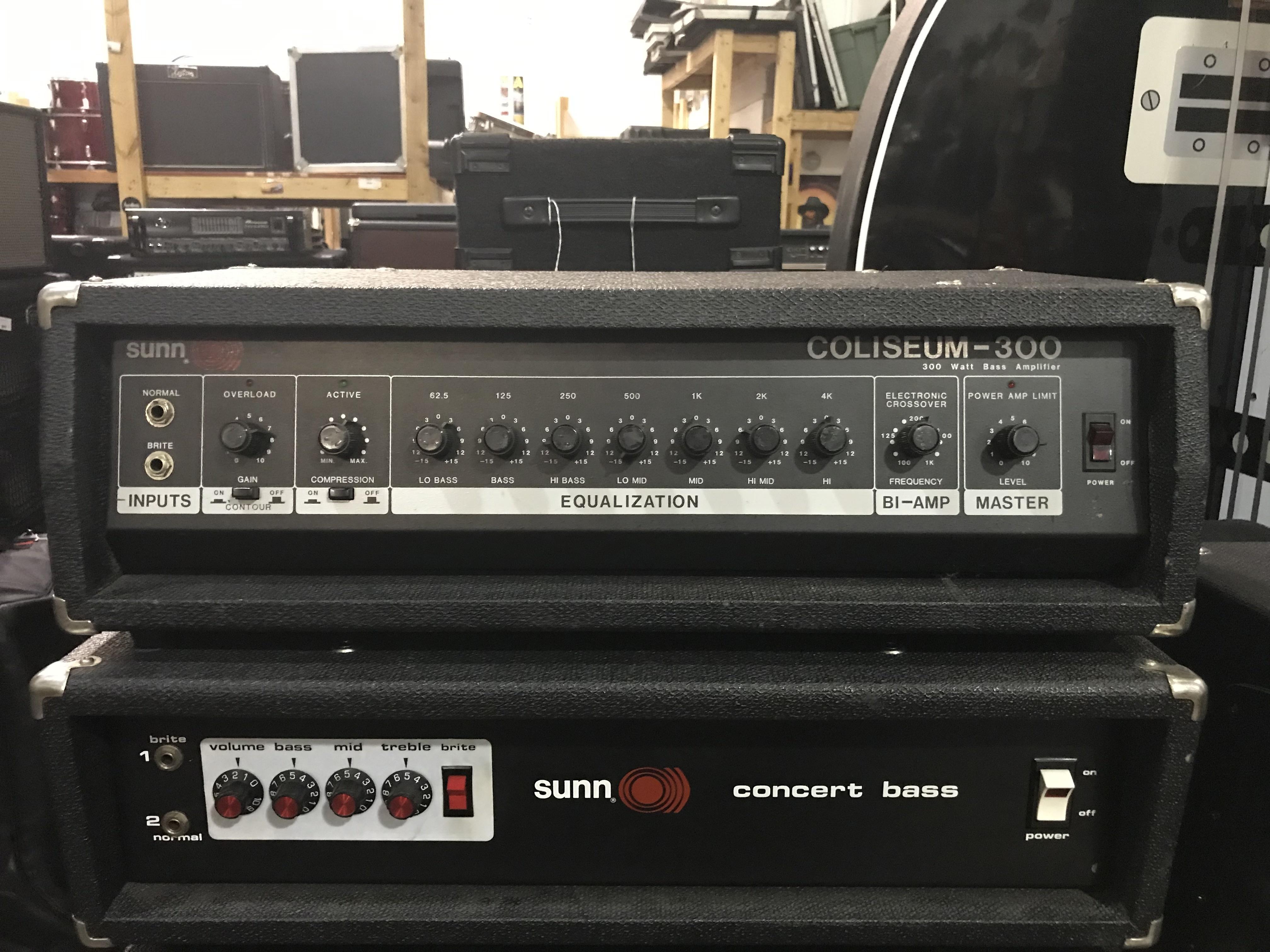 SUNN COLISEUM 300 300W Bass Amplifier Head