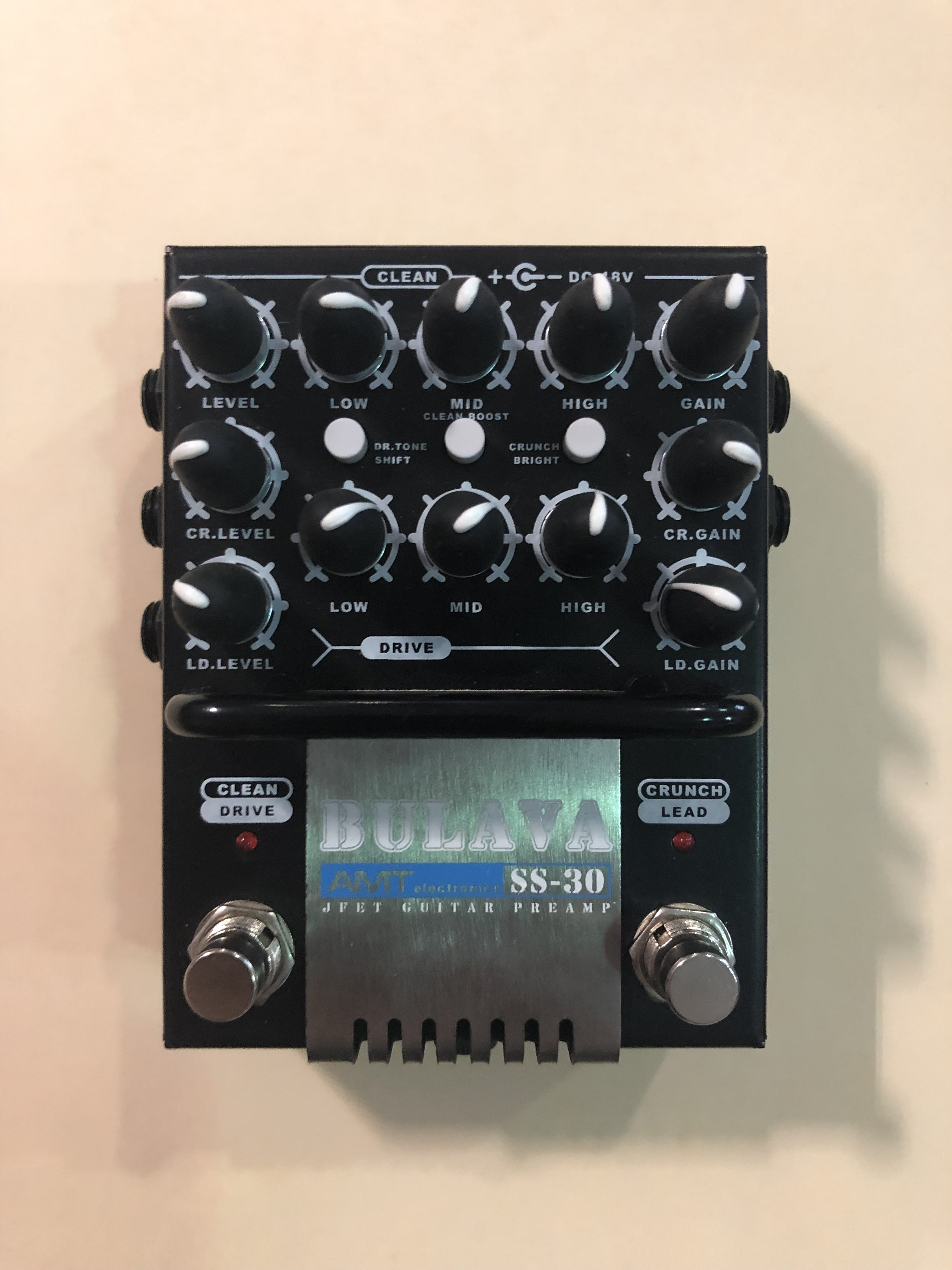 AMT - BULAVA - PREAMP EFFECTS PEDAL