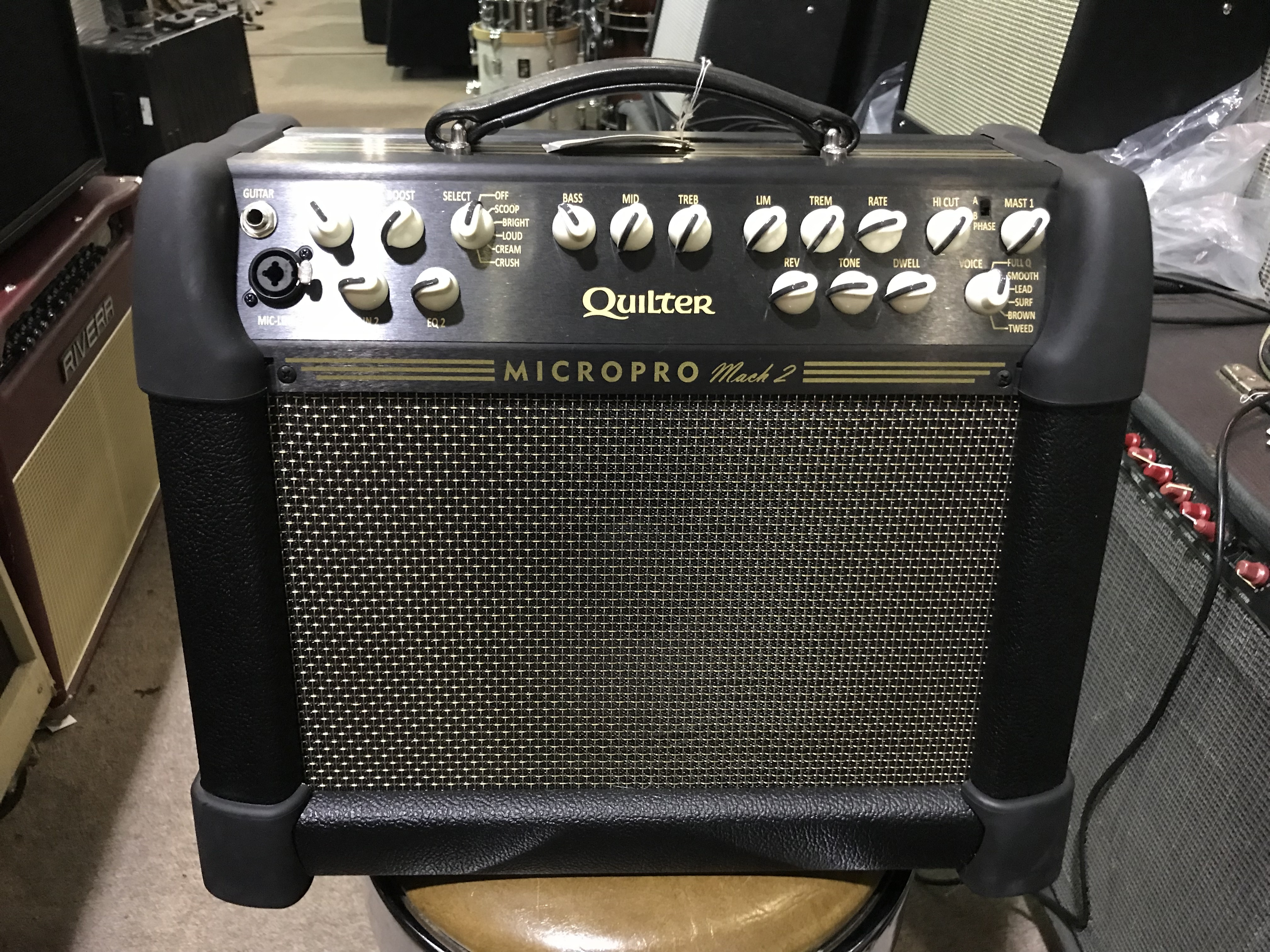 QUILTER MACH 2 COMBO 8 200W 1X8 Combo Guitar Amp