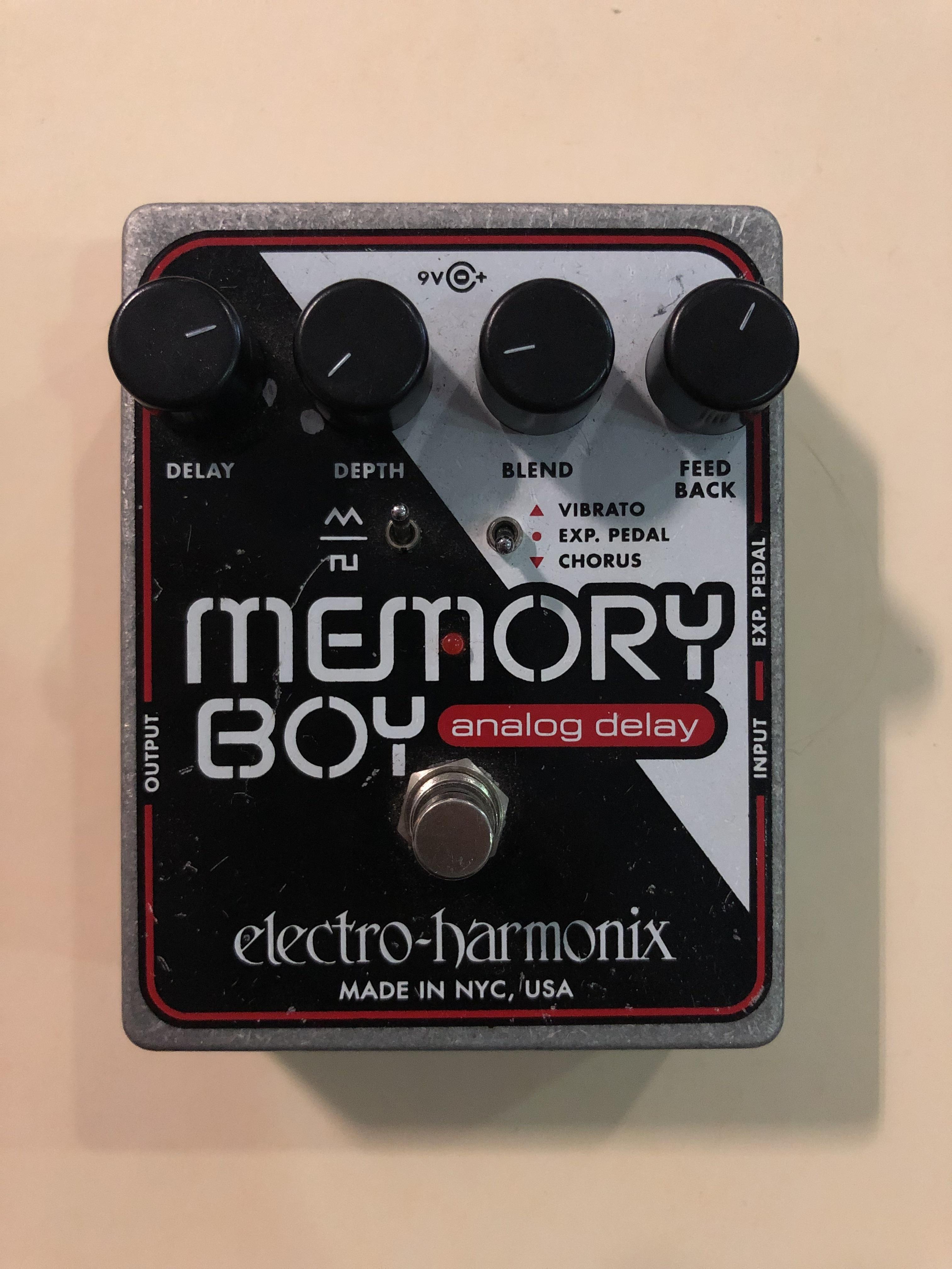 ELECTRO-HARMONIX - MEMORY BOY - EFFECTS PEDAL