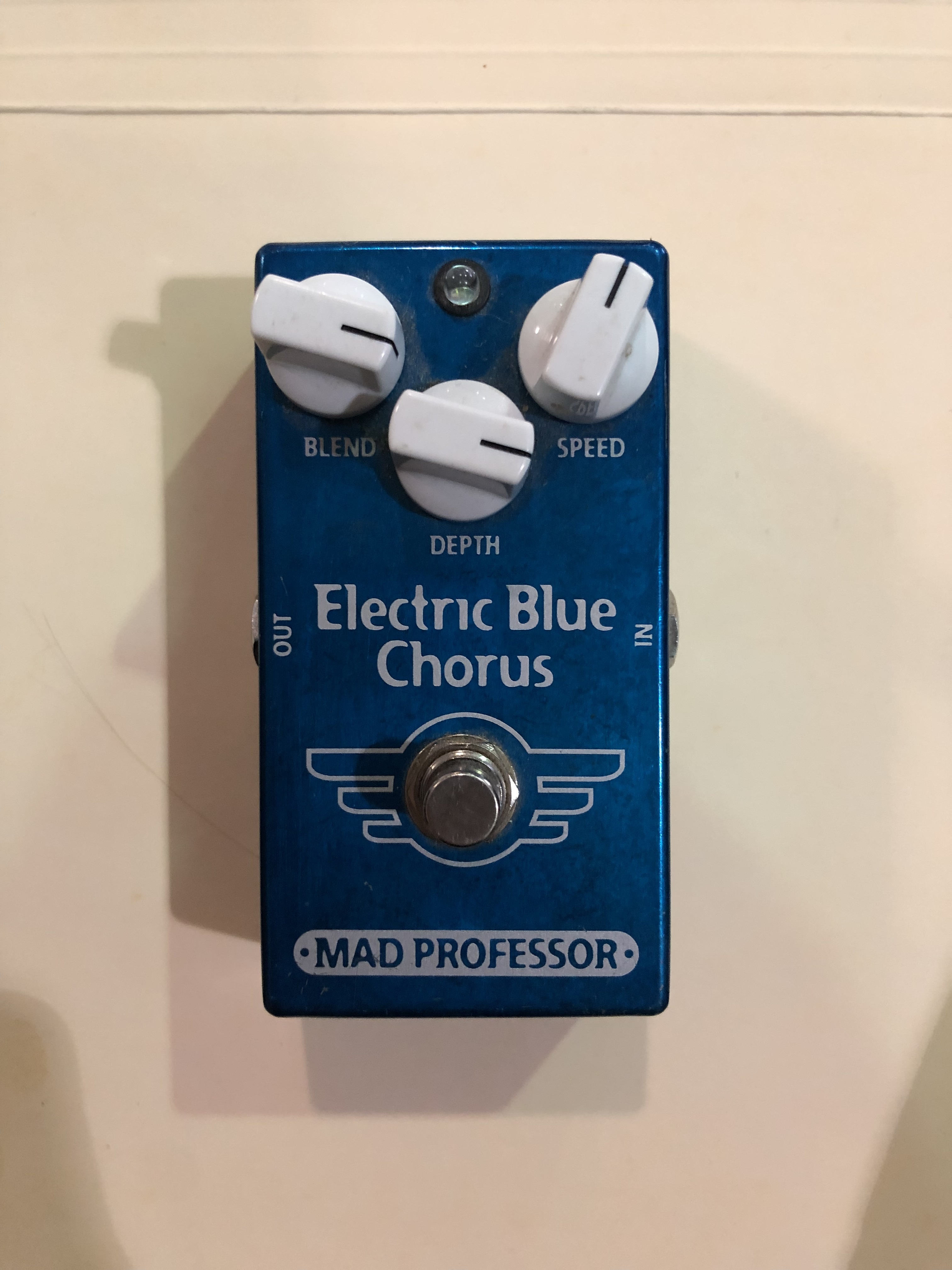 MAD PROFESSOR - ELECTRIC BLUE CHORUS - EFFECTS PEDAL