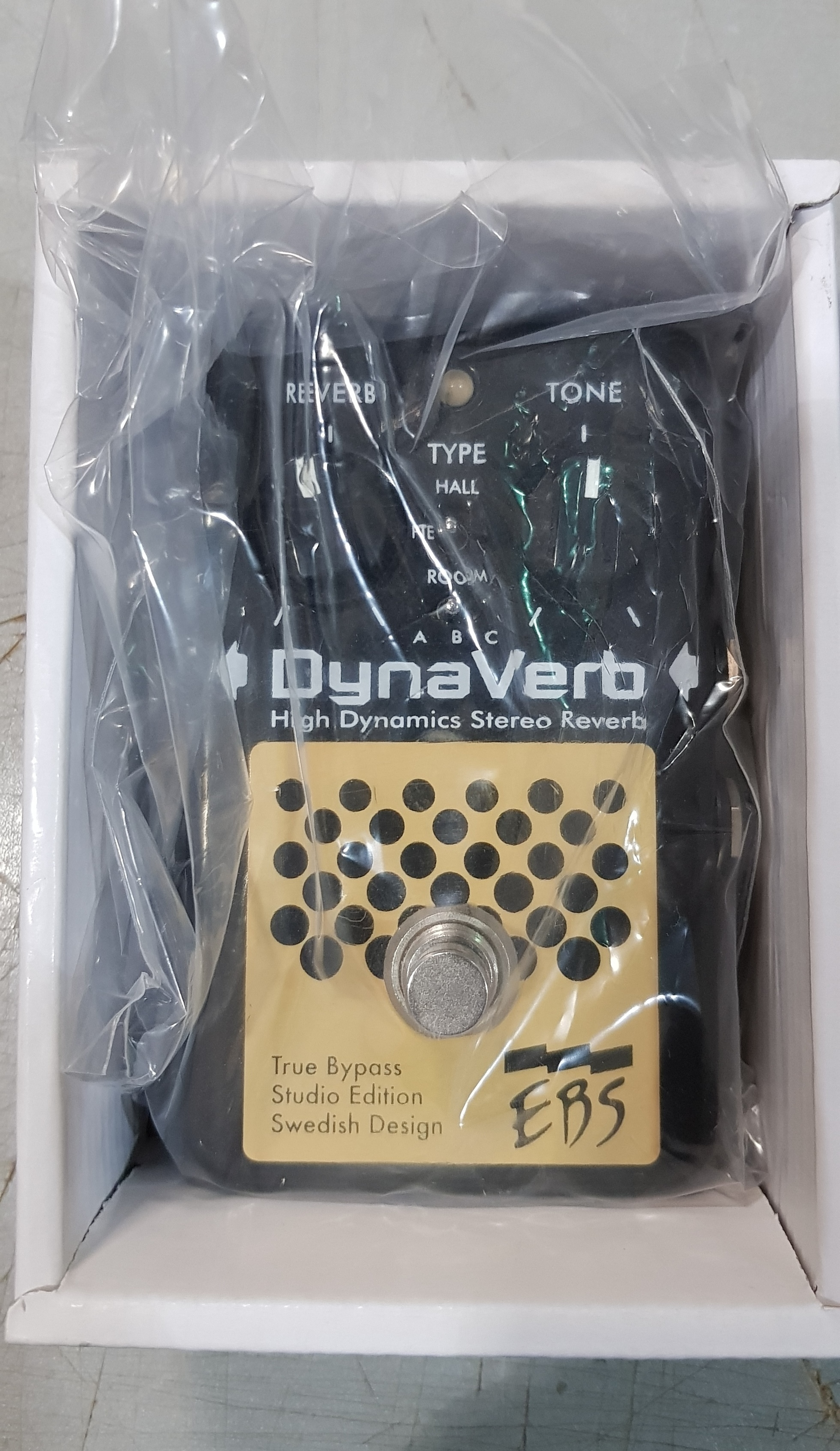 EBS DYNAVERB BLACK LABEL STUDIO EDITION Stereo Reverb Effect Pedal