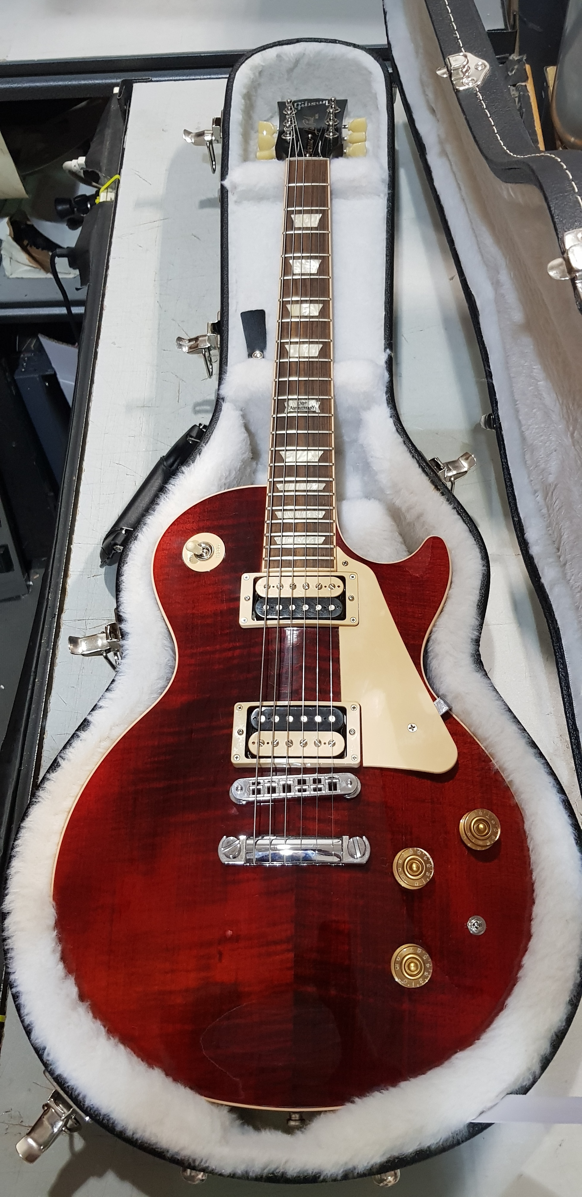 2014 GIBSON 120th Anniversary Les Paul Classic Electric Guitar **HSC** Wine Red