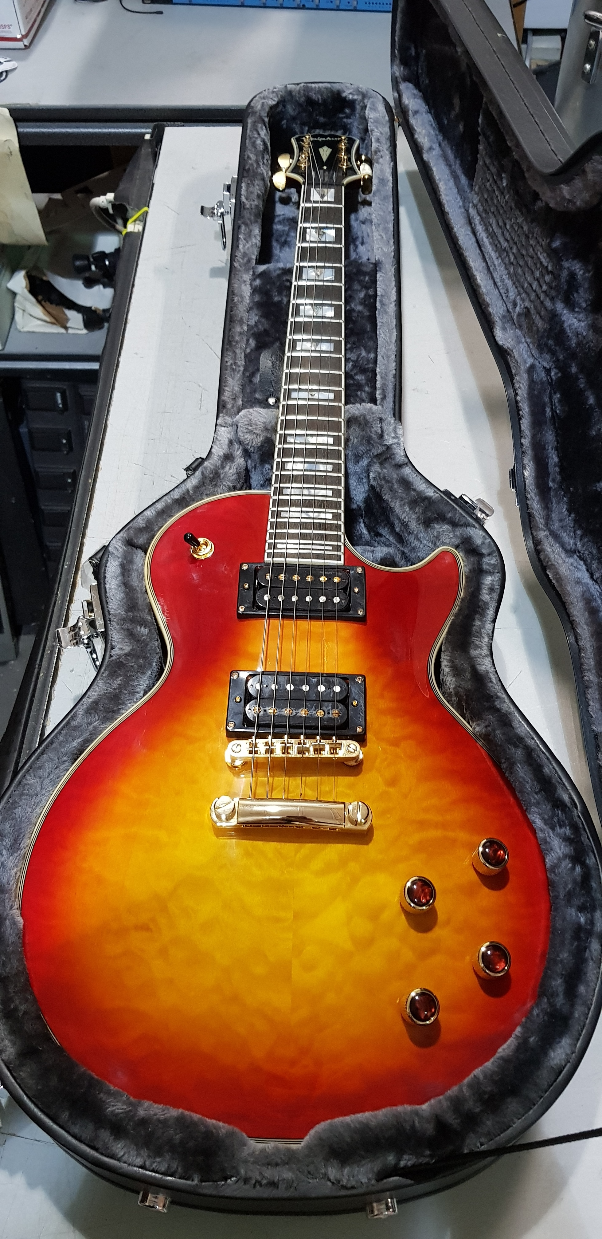 EPIPHONE LES PAUL Custom Prophecy Plus Electric Guitar **HSC** Cherry Sunburst