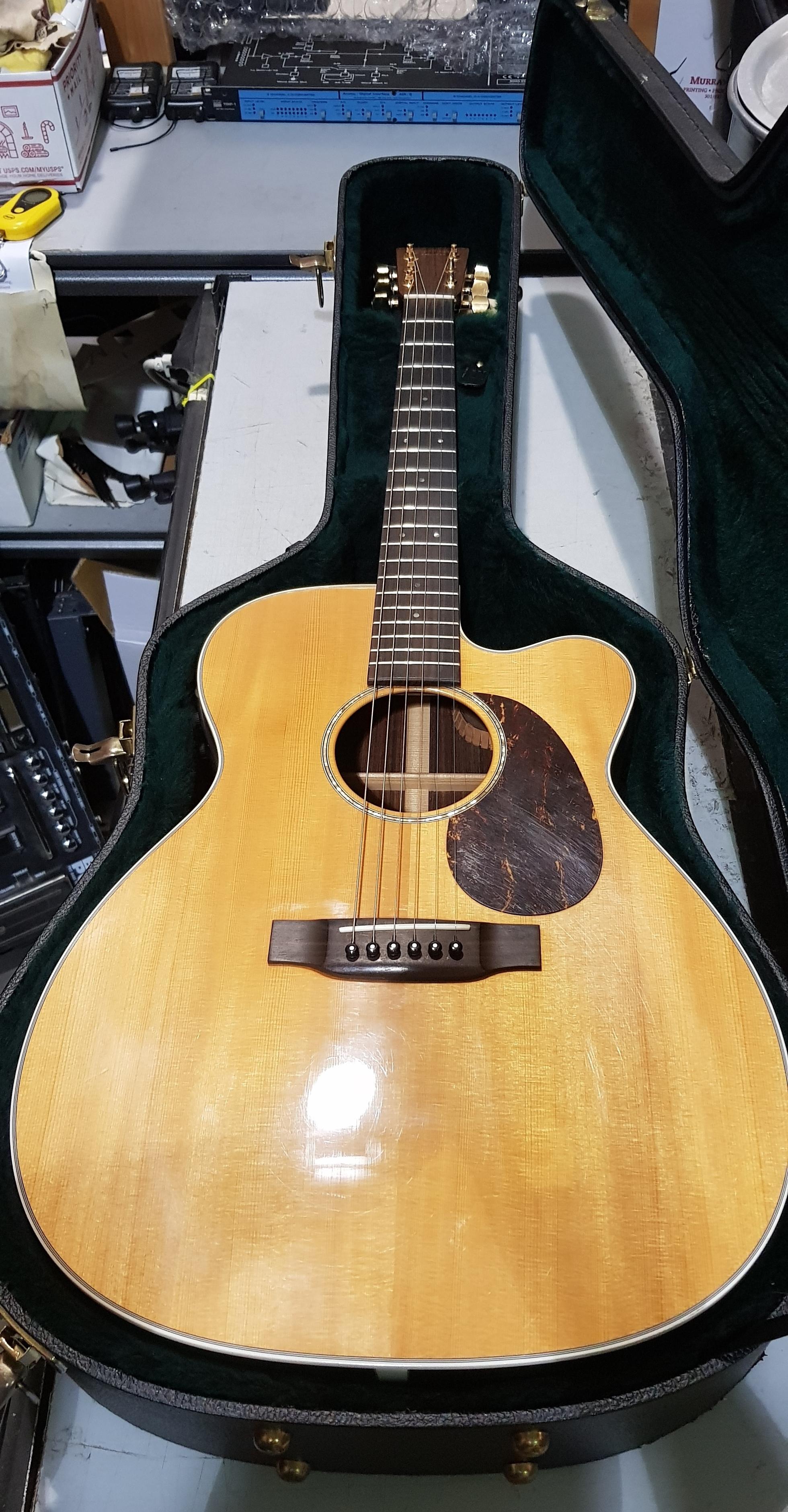 2007 MARTIN JC-16RE Aura Acoustic-Electric Guitar **HSC**