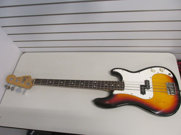 mexican fender sunburst precision bass p bass from 2001 2000 for parts or repair ebay. Black Bedroom Furniture Sets. Home Design Ideas
