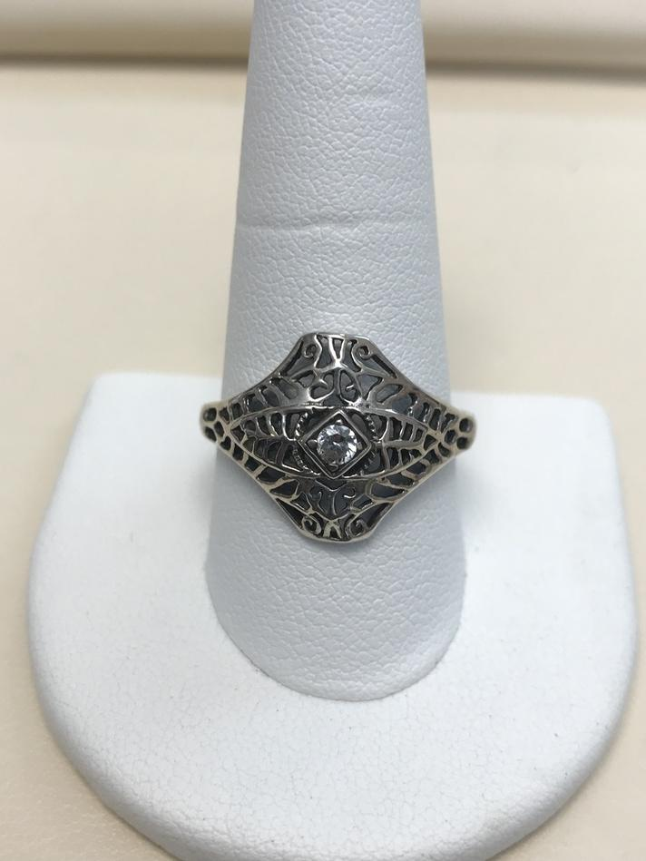 AVON ART DECO STERLING SILVER RING WITH CZ STONE SIZE 11