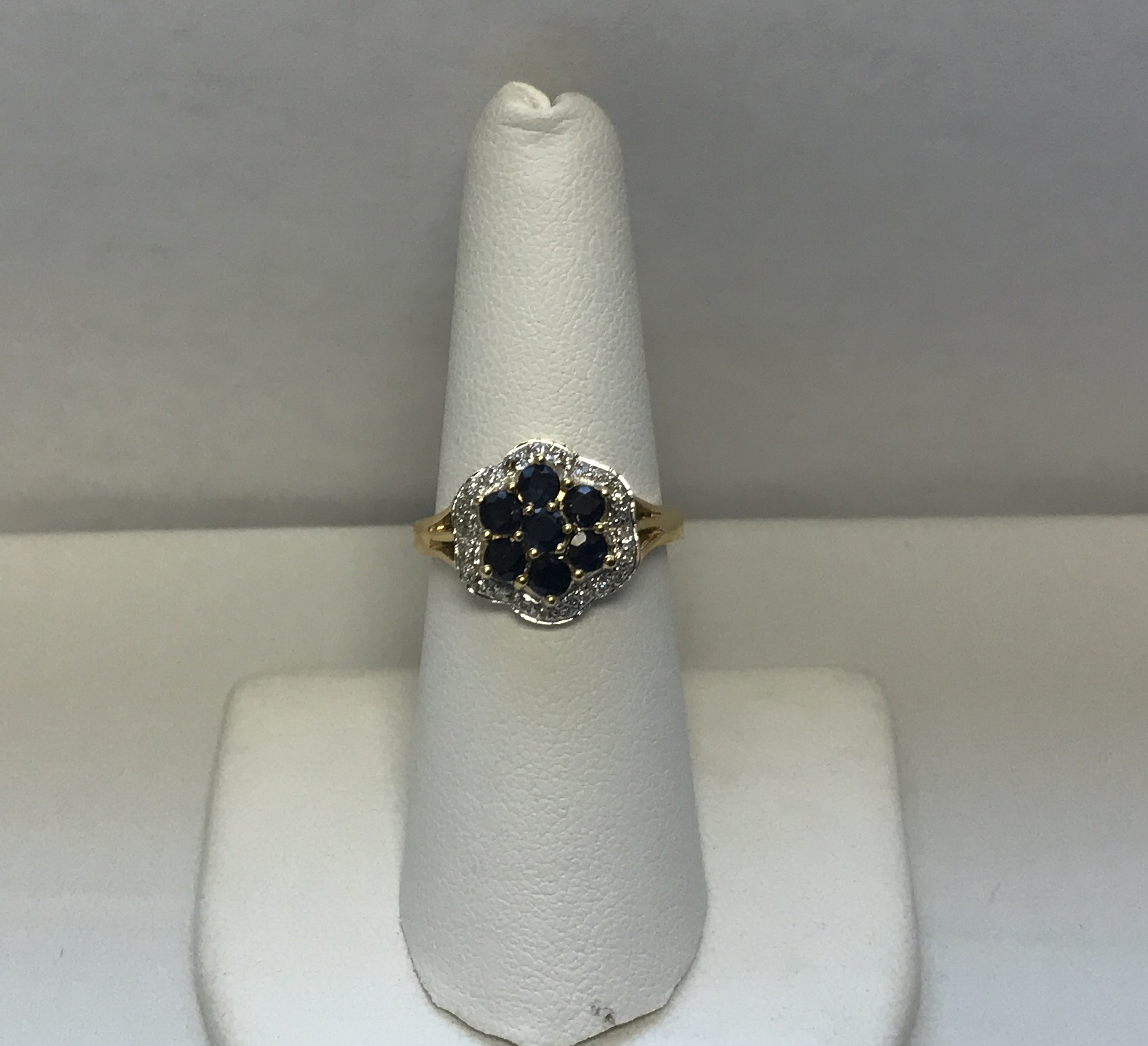 Diamonds & Sapphire Flower Ring 18K Yellow Gold 5.1g