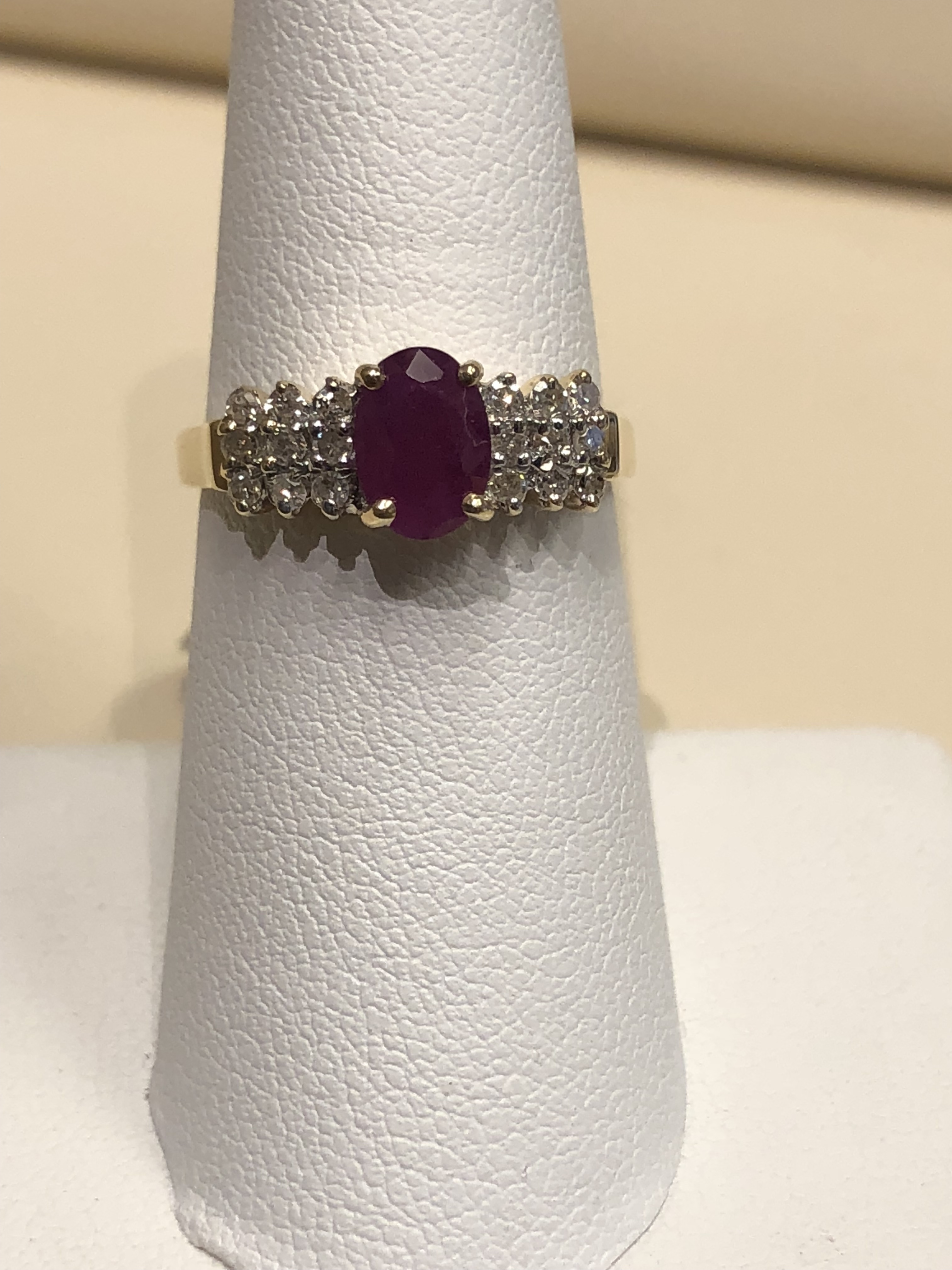 Ruby Ring with Diamonds 14K Yellow Gold 3.2g
