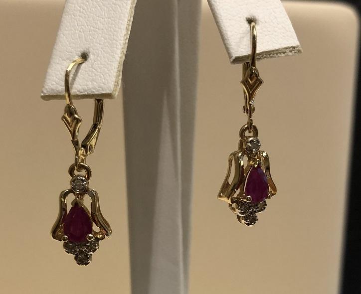 Dangle Earring with Rubies & Diamonds 14K Yellow Gold 2.9g