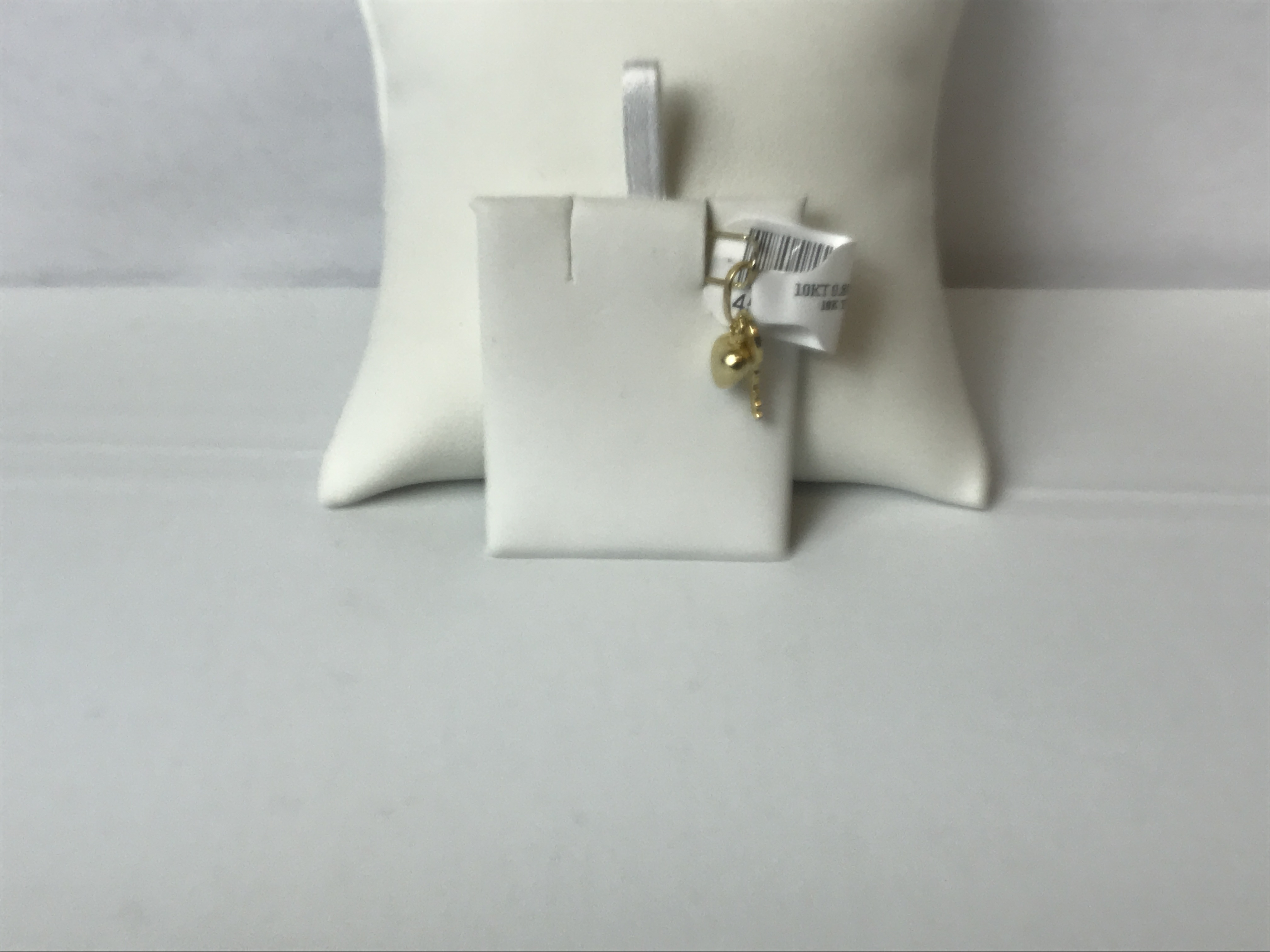 Key and Heart Pendant 10k Yellow Gold .8g