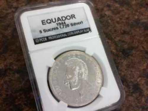 1944 Ecuador 5 Sucres Silver Coin .720