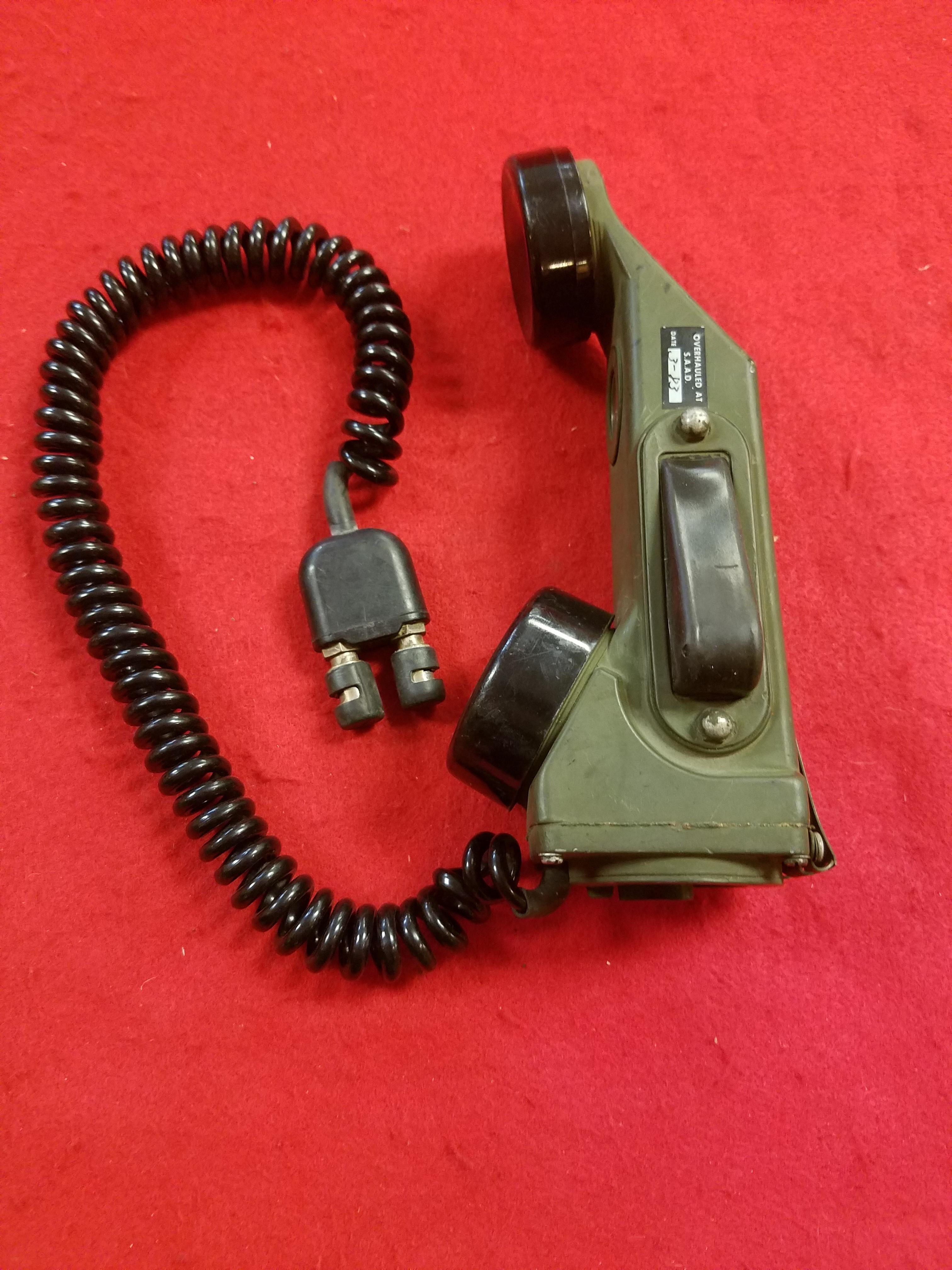 VINTAGE U.S. MILITARY TELEPHONE SET -TA-1/PT S/N: 3791 IN BLACK HARD CASE