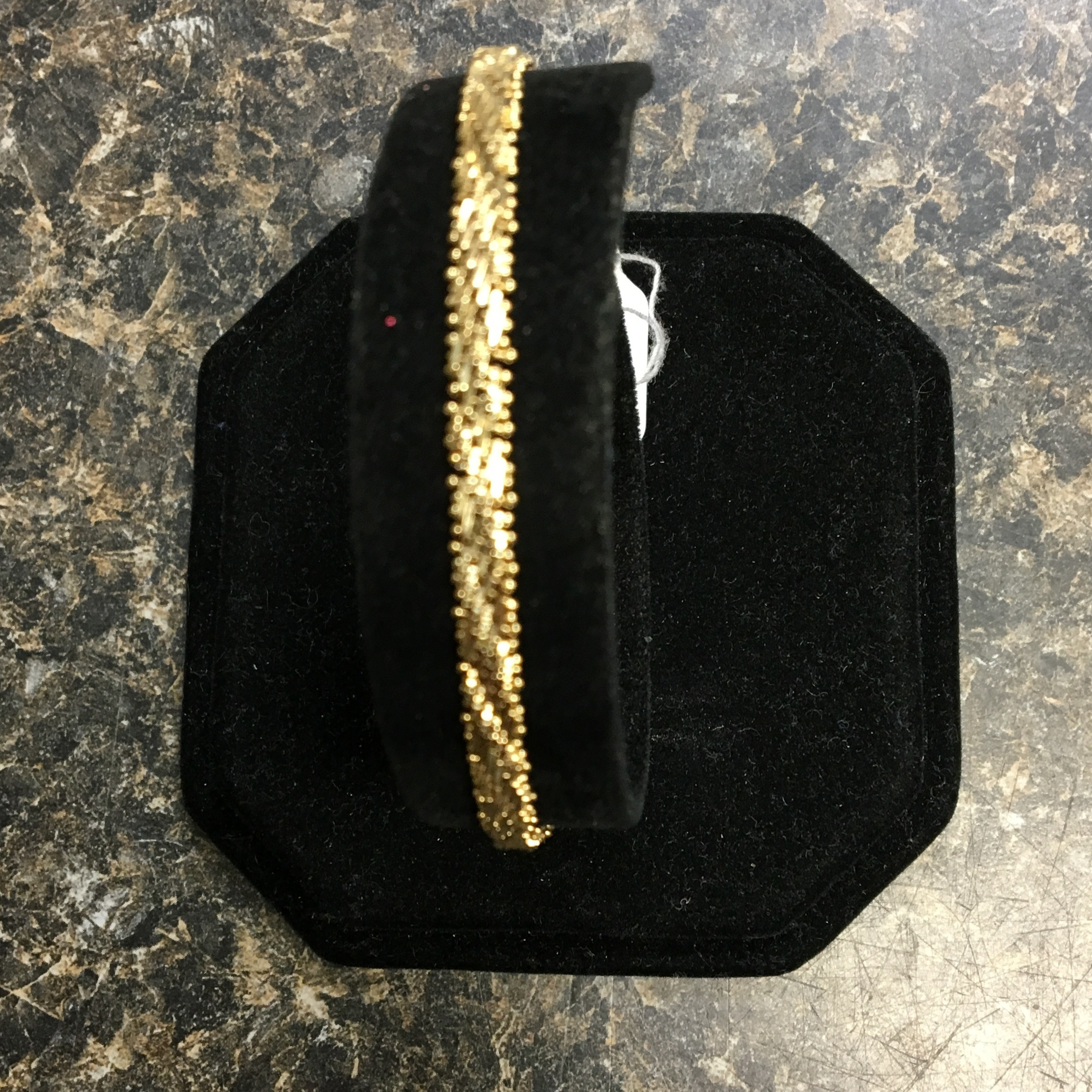 14 KT YELLOW GOLD BRACELET. DWT 6.67