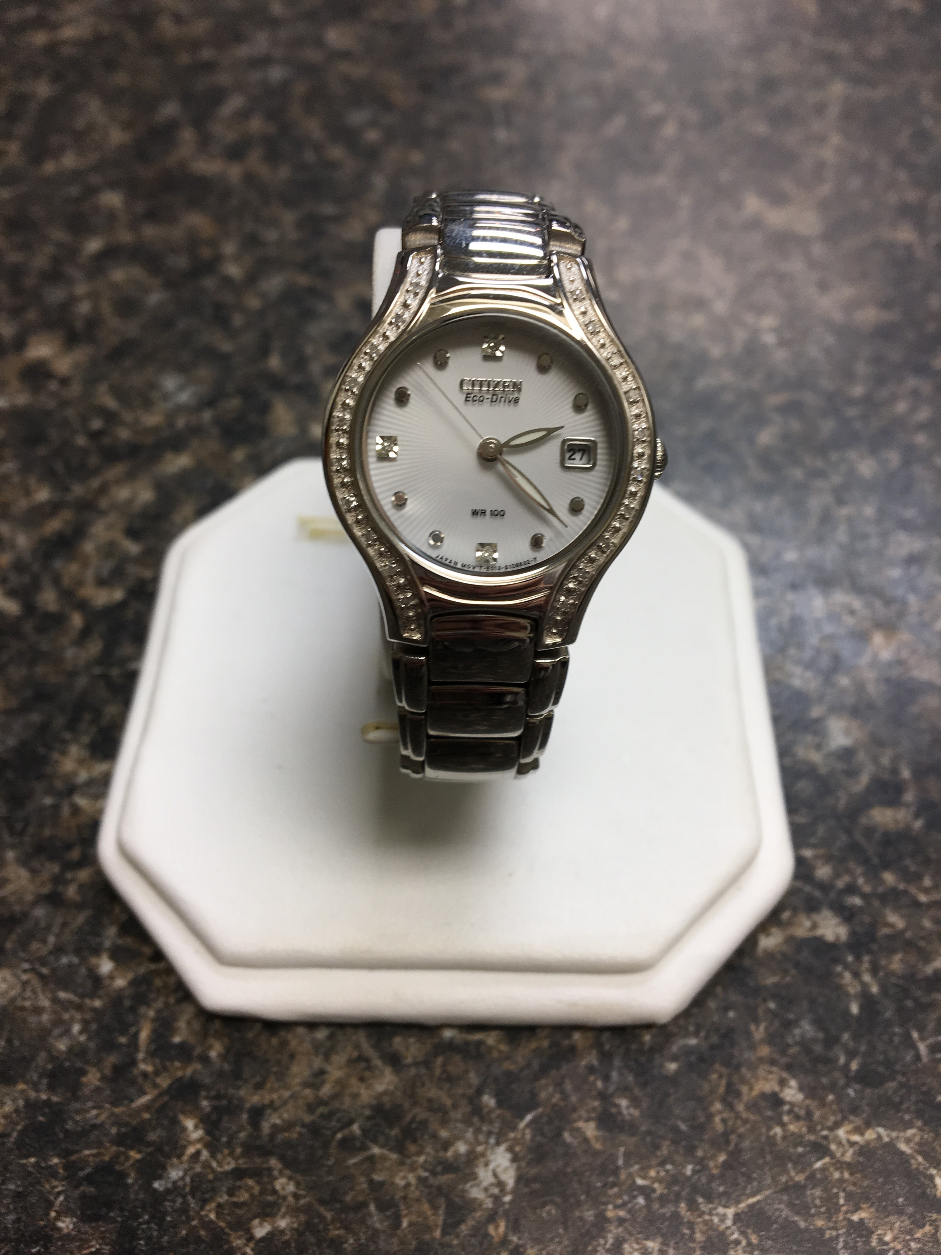 WOMAN'S CITIZEN ECO-DRIVE STAINLESS STEEL WATCH 41.53 DWT