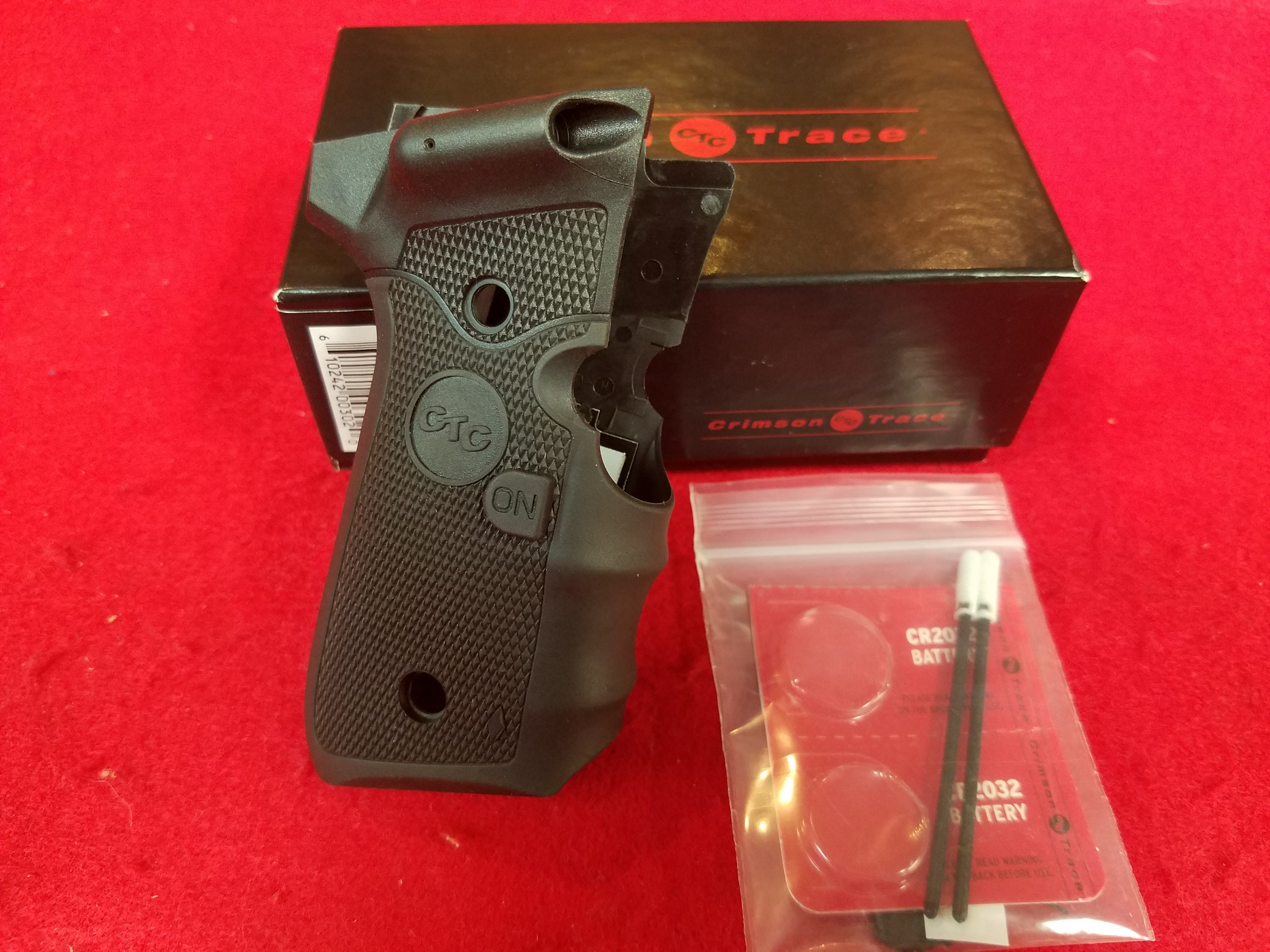 CRIMSON TRACE - LG-302 - LASER GRIPS HUNTING SUPPLIES