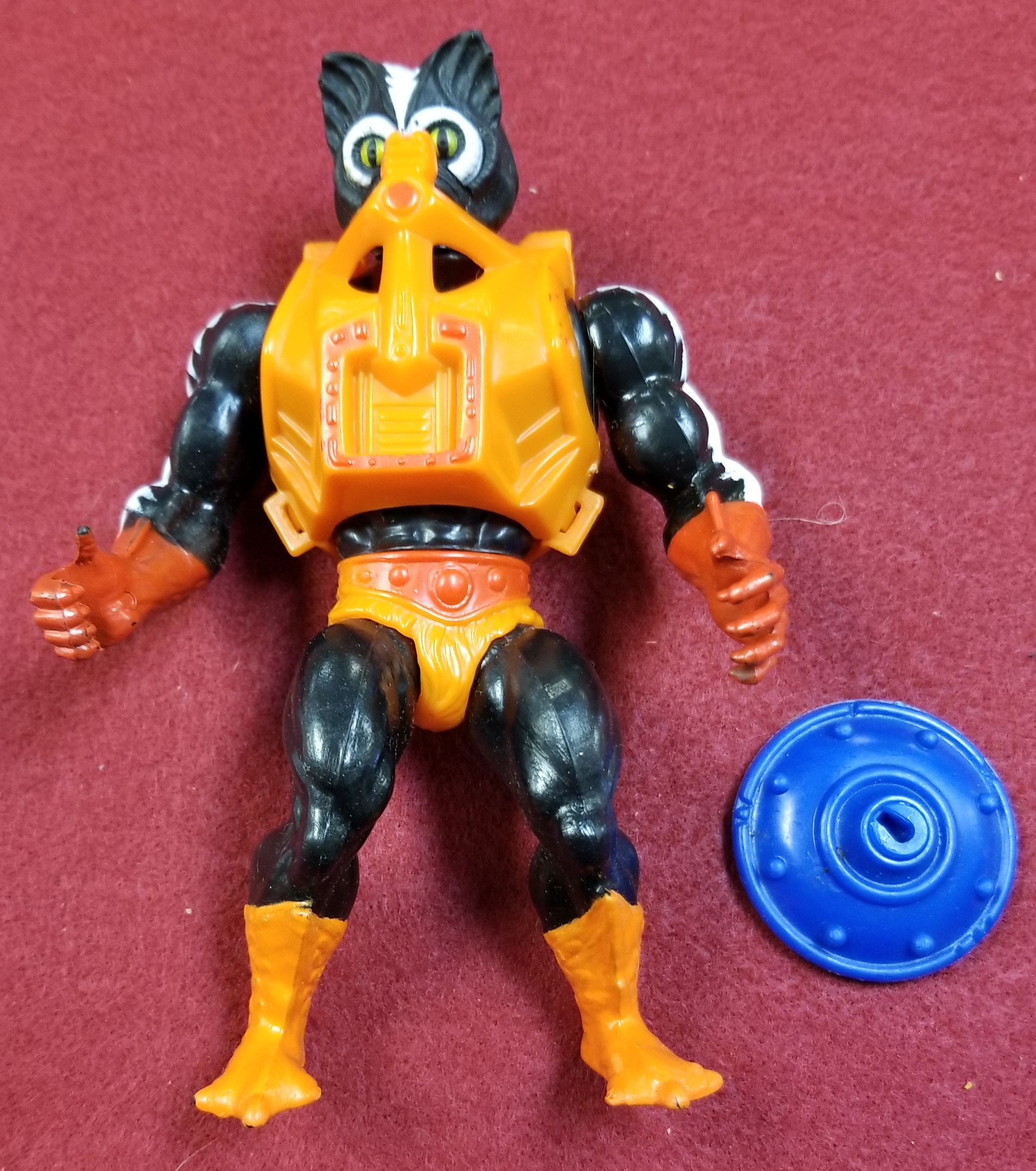 MASTERS OF THE UNIVERSE CLASSIC FIGURES - STINKOR