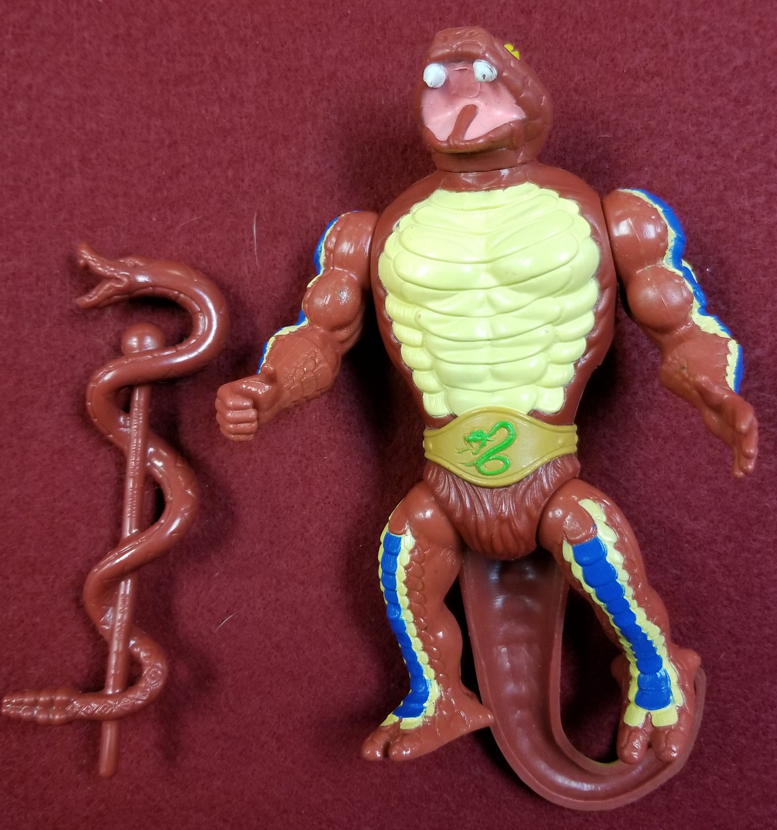 MASTERS OF THE UNIVERSE CLASSIC FIGURES - RATTLOR