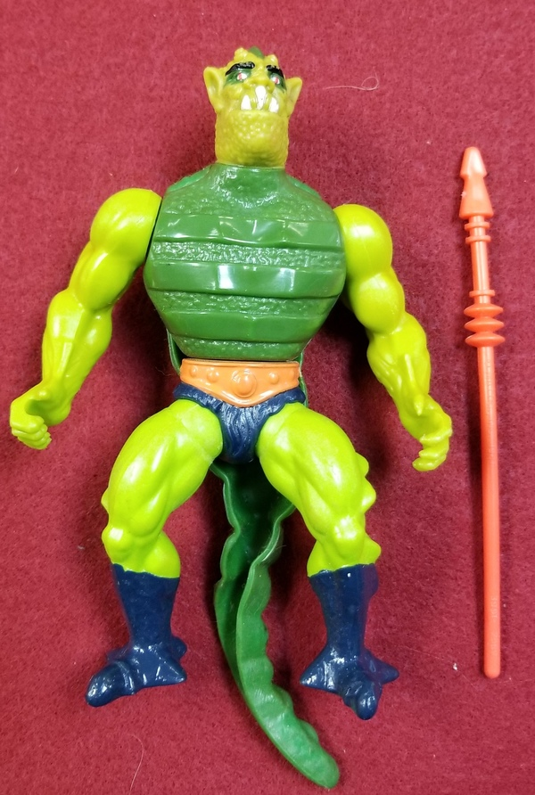 MASTERS OF THE UNIVERSE CLASSIC FIGURES - WHIPLASH