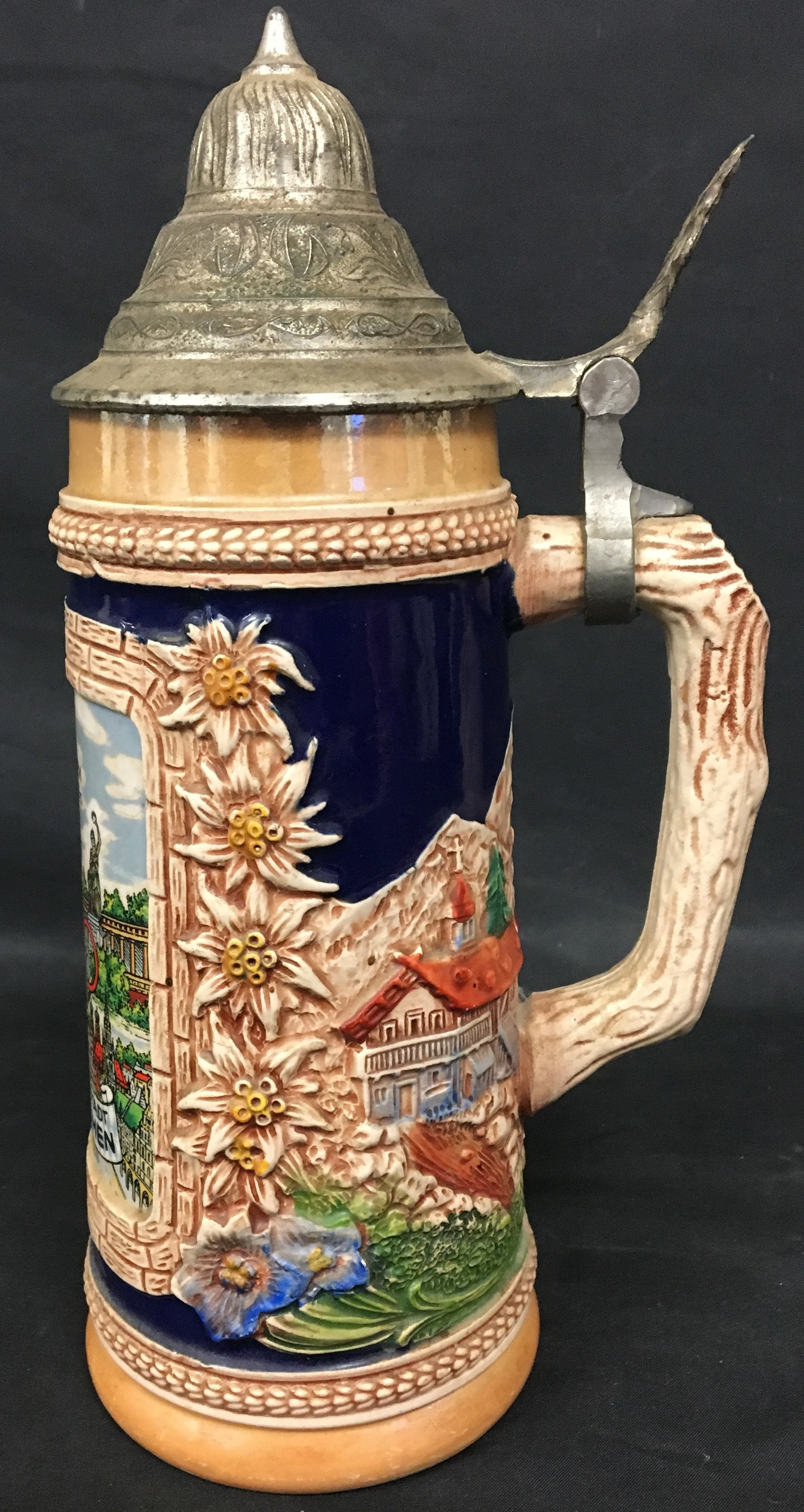 COLLECTIBLES: 1972 GERMAN OLYMPICS STEIN