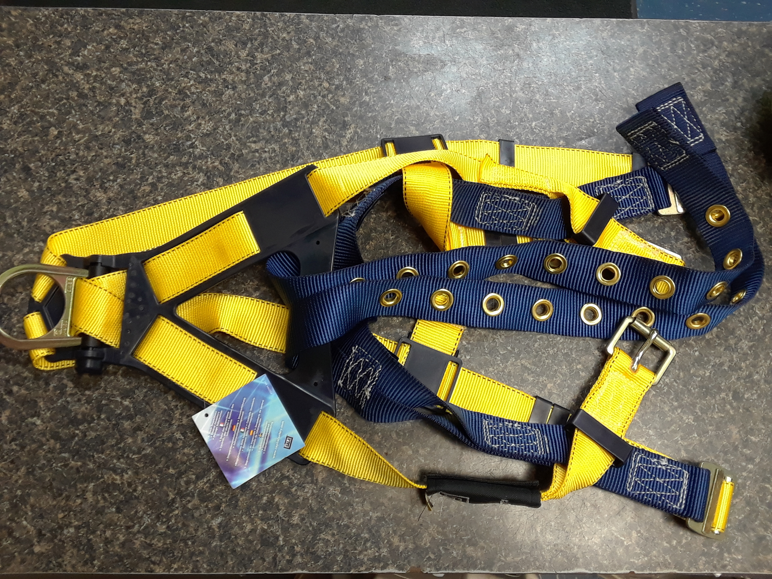 SPORTING EQUIPMENT: SALA - CLIMBING HARNESS