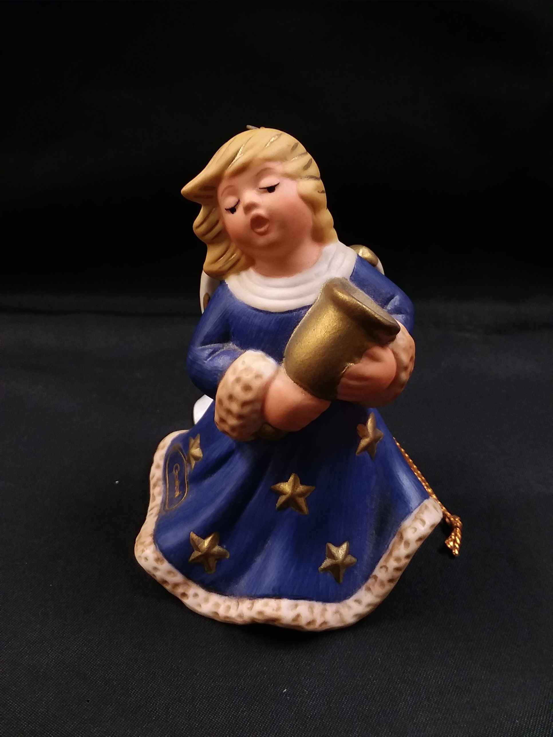 COLLECTIBLES: 1998 ANGEL BELL ORNAMENT - MISSING BELL