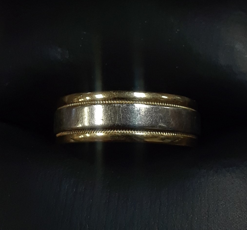 18KT TWO-TONED GOLD BAND
