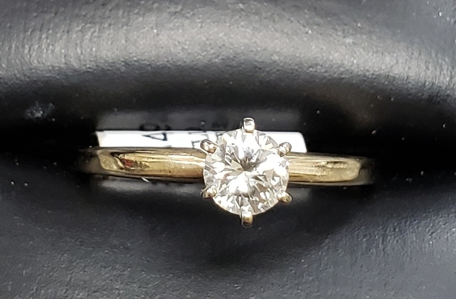 14KT - YELLOW GOLD - SIZE 7.5 - APPROXIMATELY 1/2 ROUND SOLITAIRE DIAMOND RING