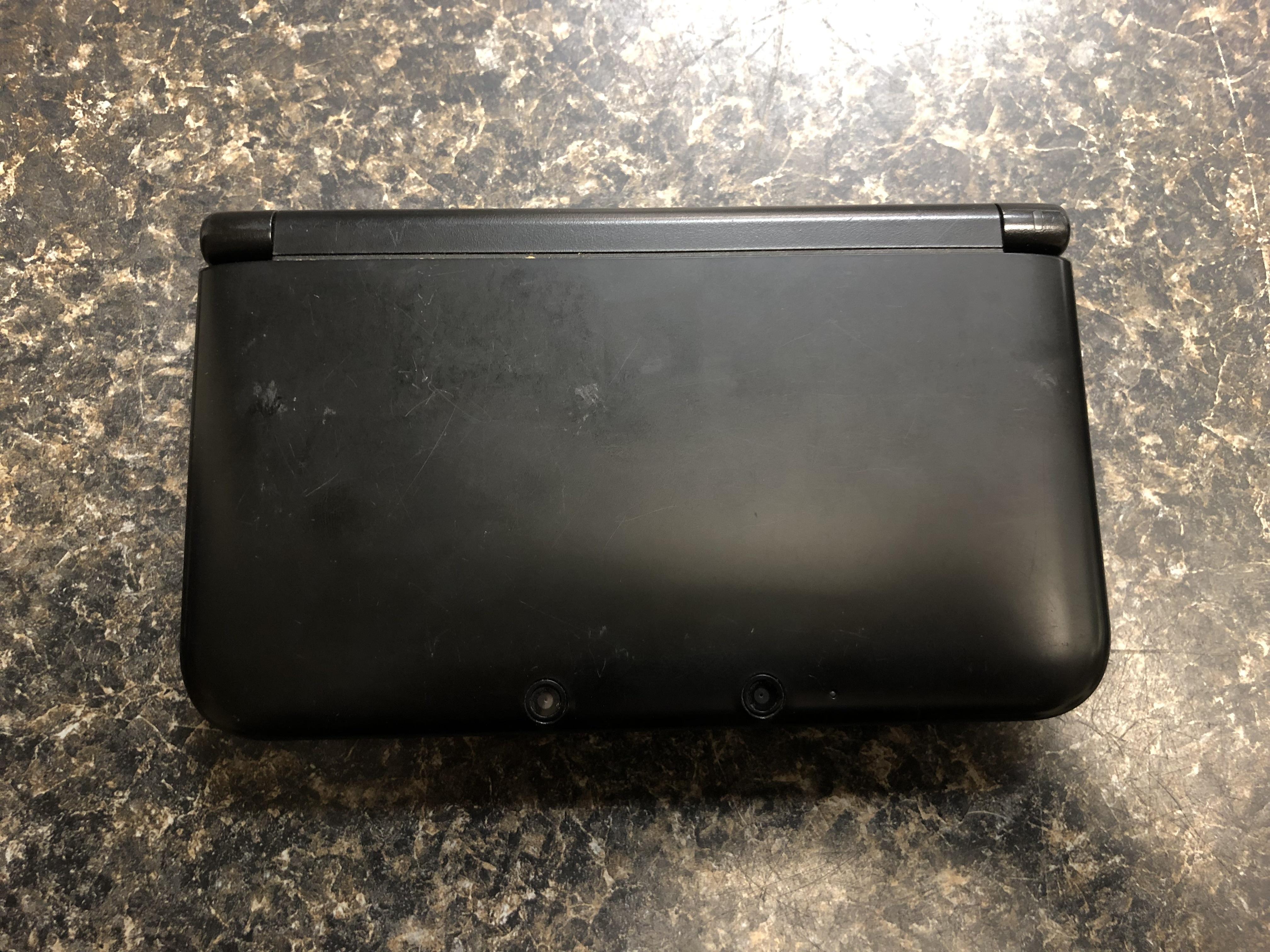 BLACK NINTENDO 3DS - SPR-001
