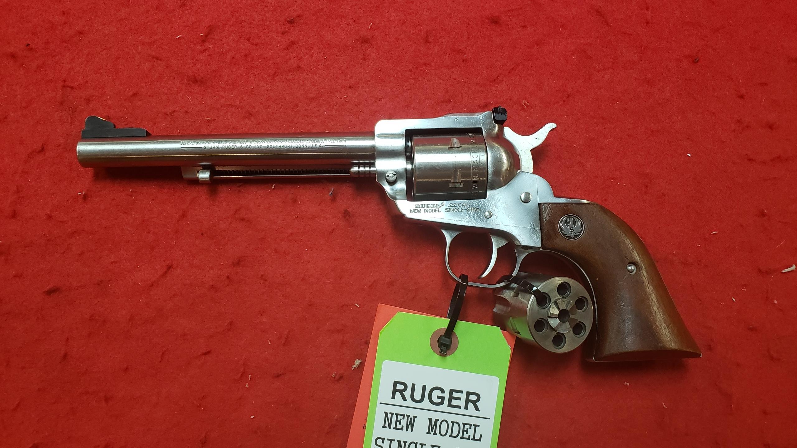 RUGER - NEW MODEL SINGLE-SIX - REVOLVER FIREARM-img-2