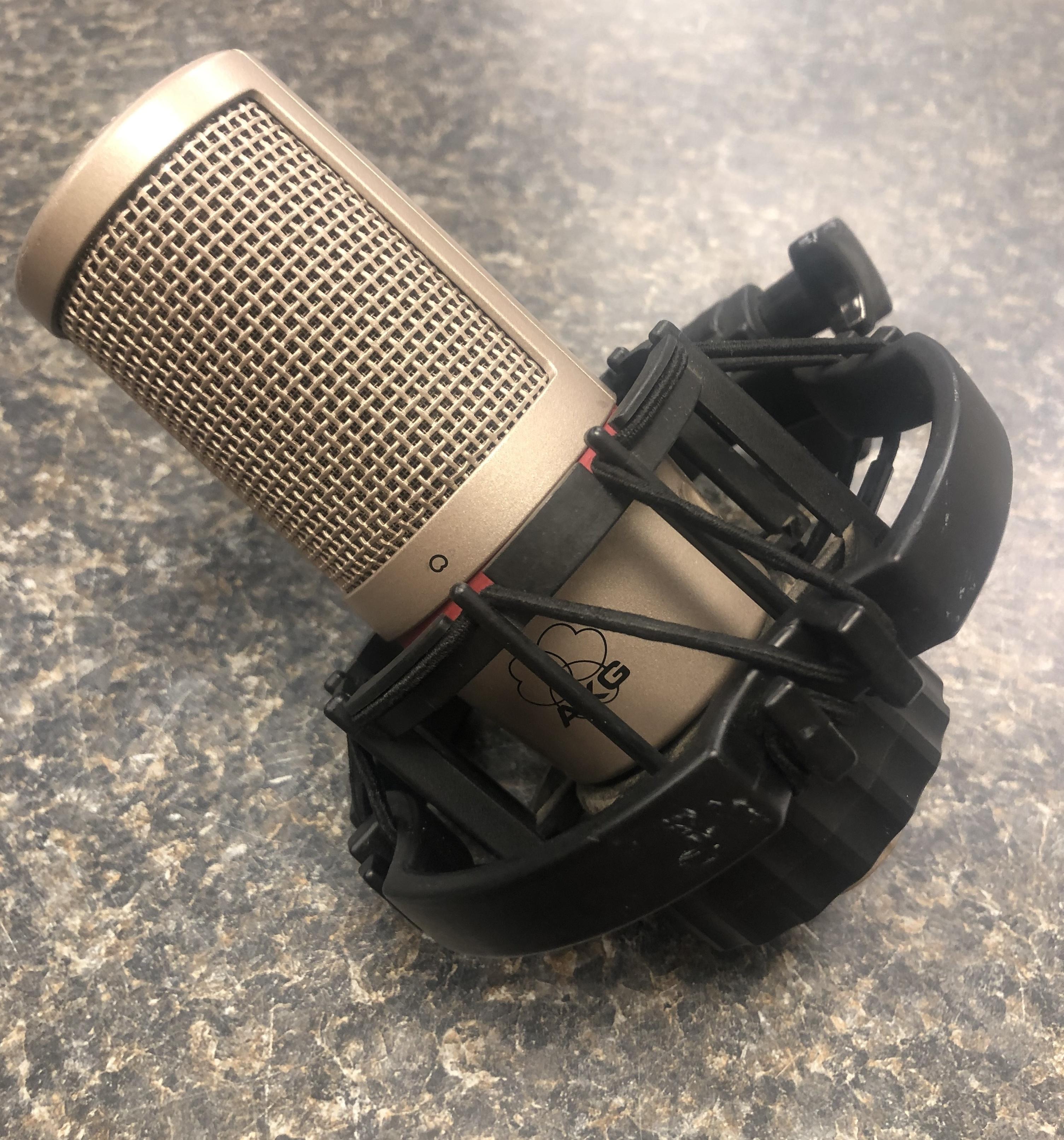 AKG C 2000 B Condenser Microphone w/ holder
