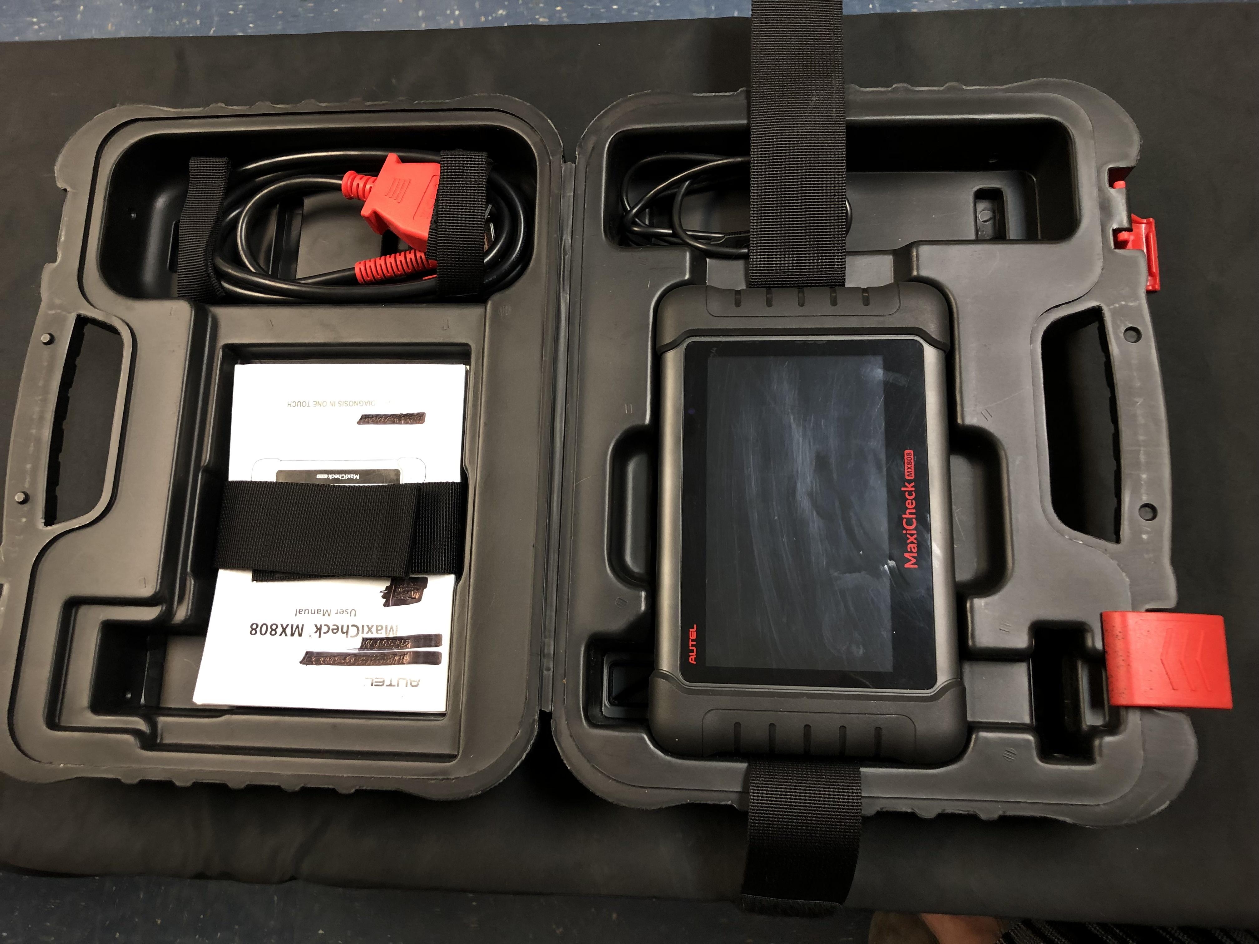 Autel MX808 Auto Service Tool w/ case and manual
