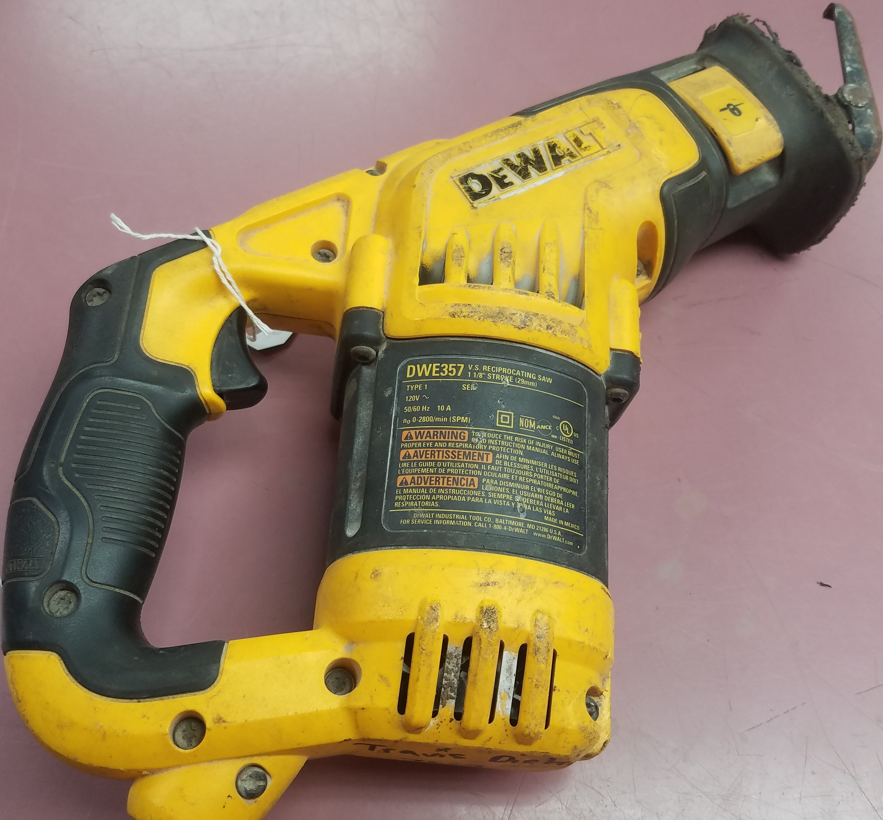DEWALT  DWE357  SAWZALL TOOLS-POWER