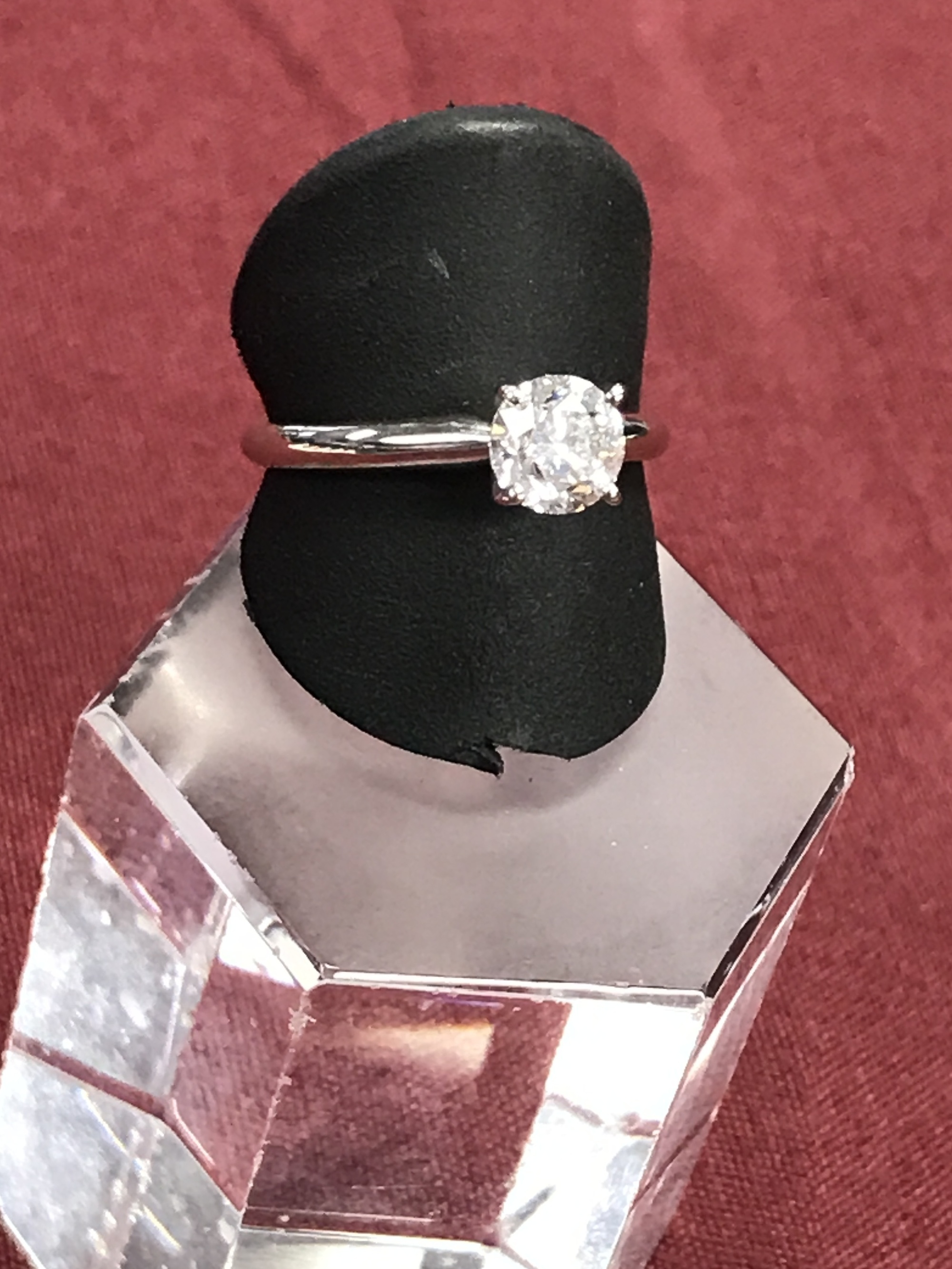 14Kt White Gold Engagement Ring Size 7