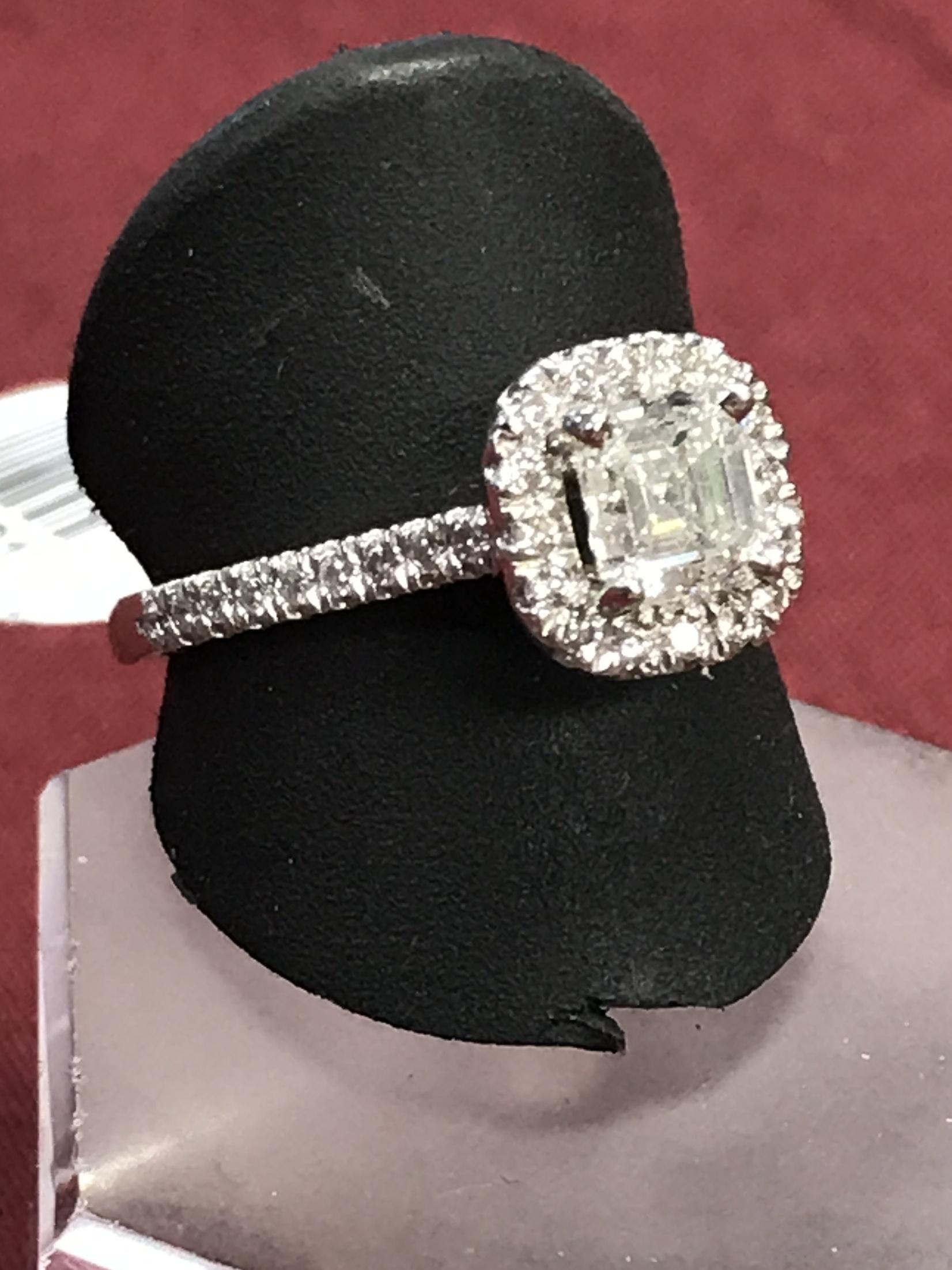 Platinum Ladies Engagement Ring Size 7.5