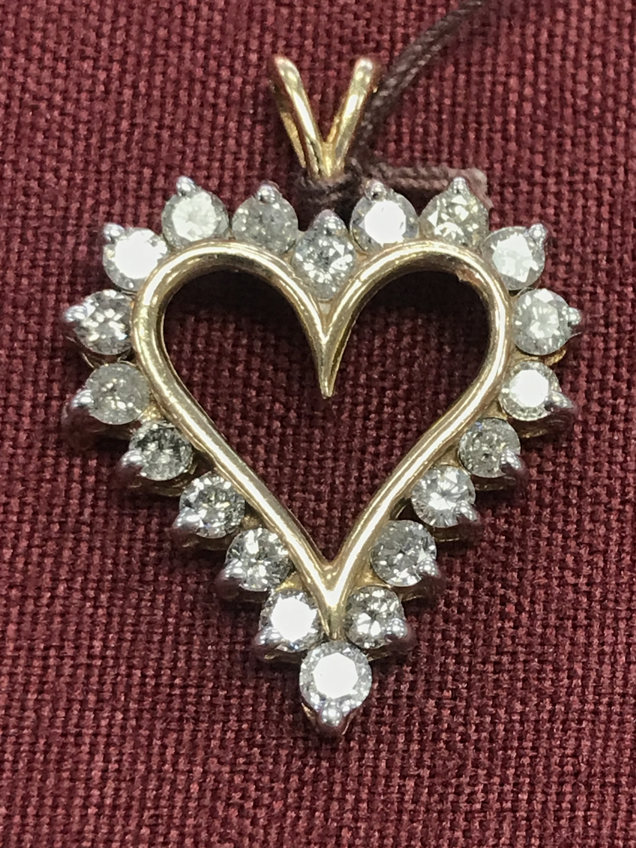10KT YG HEART CHARM LINED IN SMALL DIAMONDS