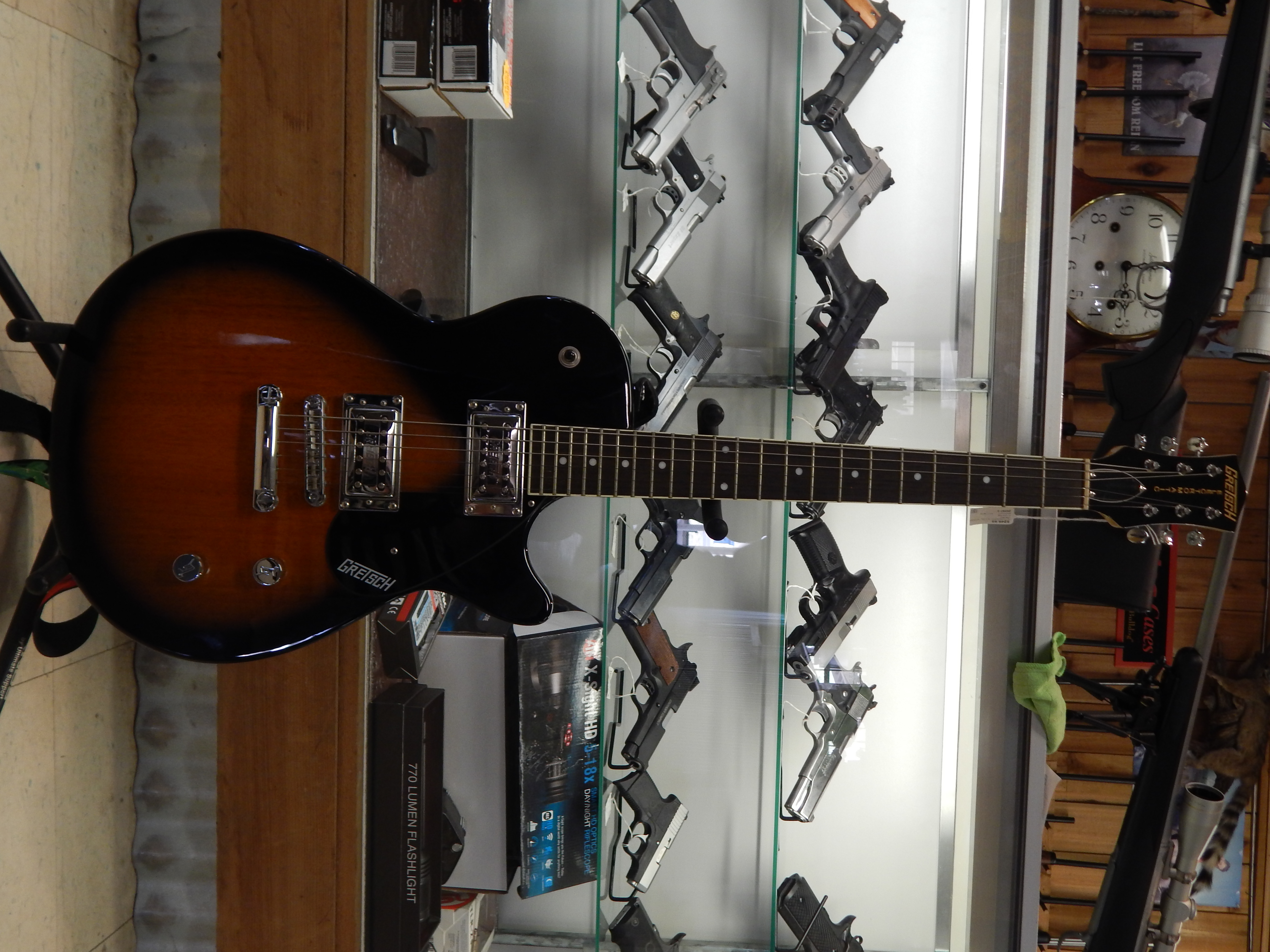 GRETSCH - electromatic - GUITAR/ELECTRIC MUSICAL INSTRUMENTS
