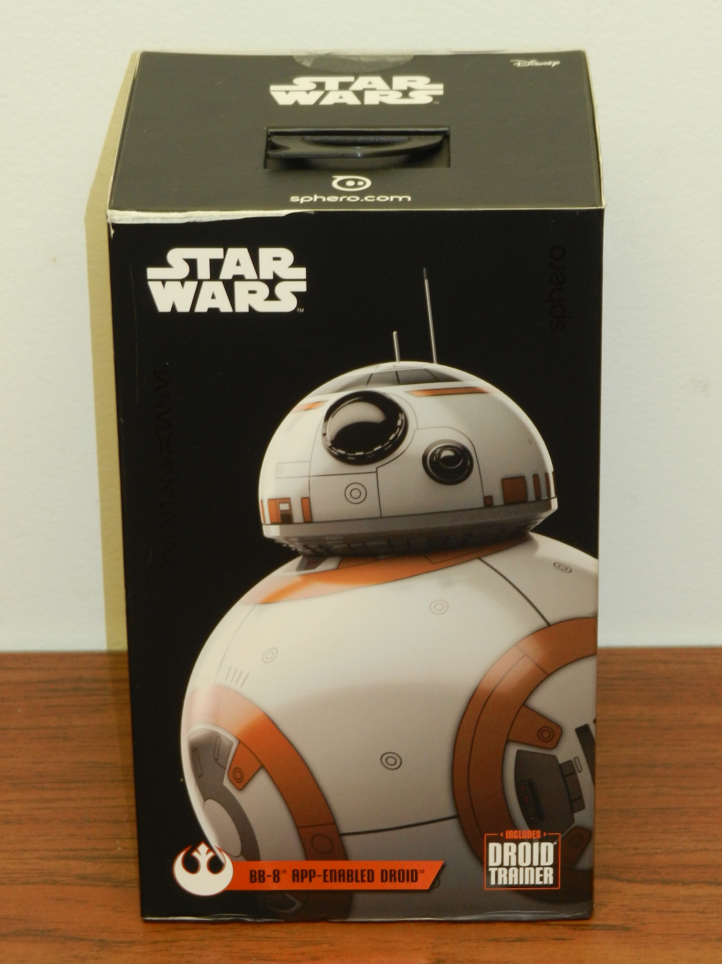 BB-8 droid App Enabled Sphero STAR WARS w Droid Trainer