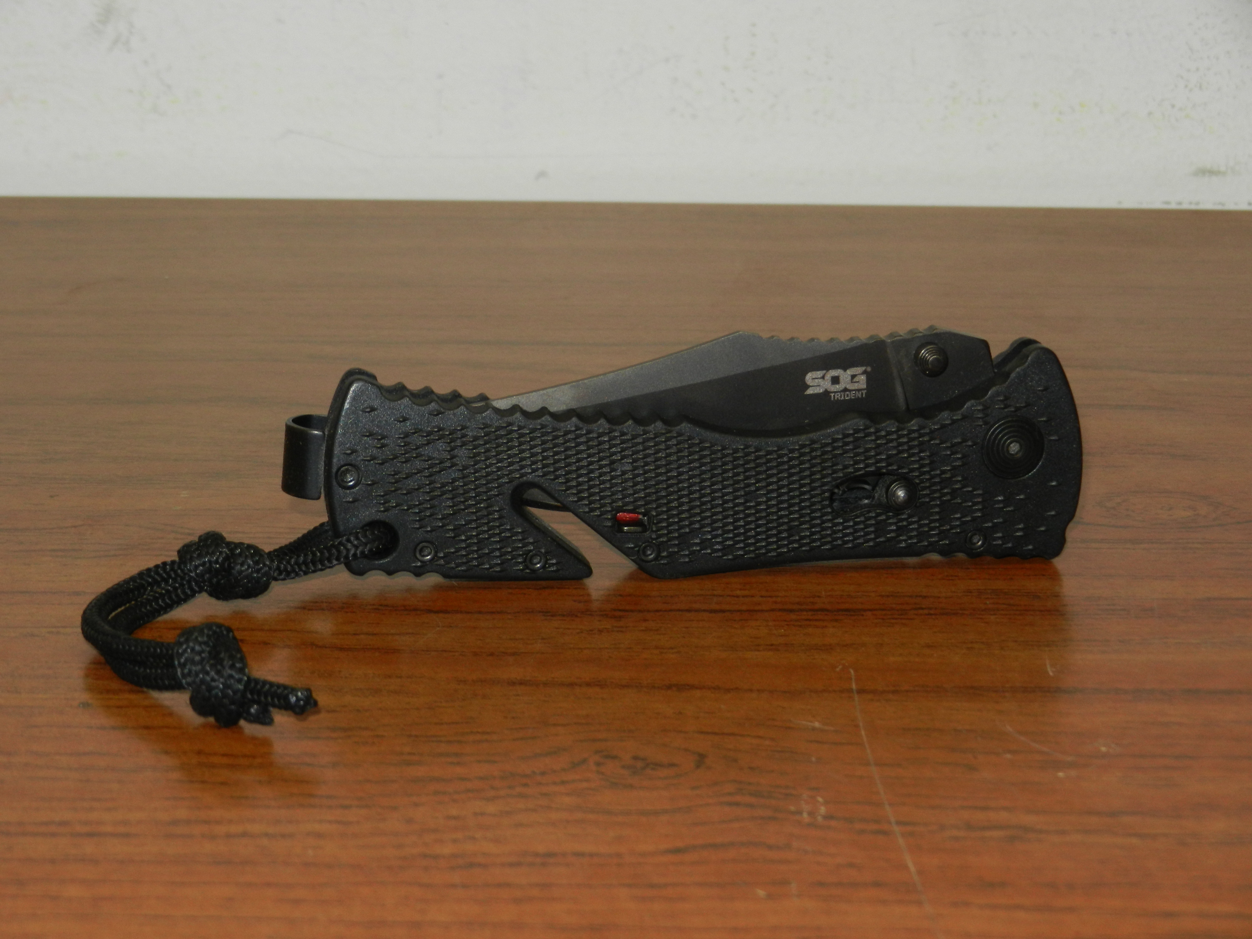 SOG Trident Assisted Folding Knife TF1-CP TiNi 3.75