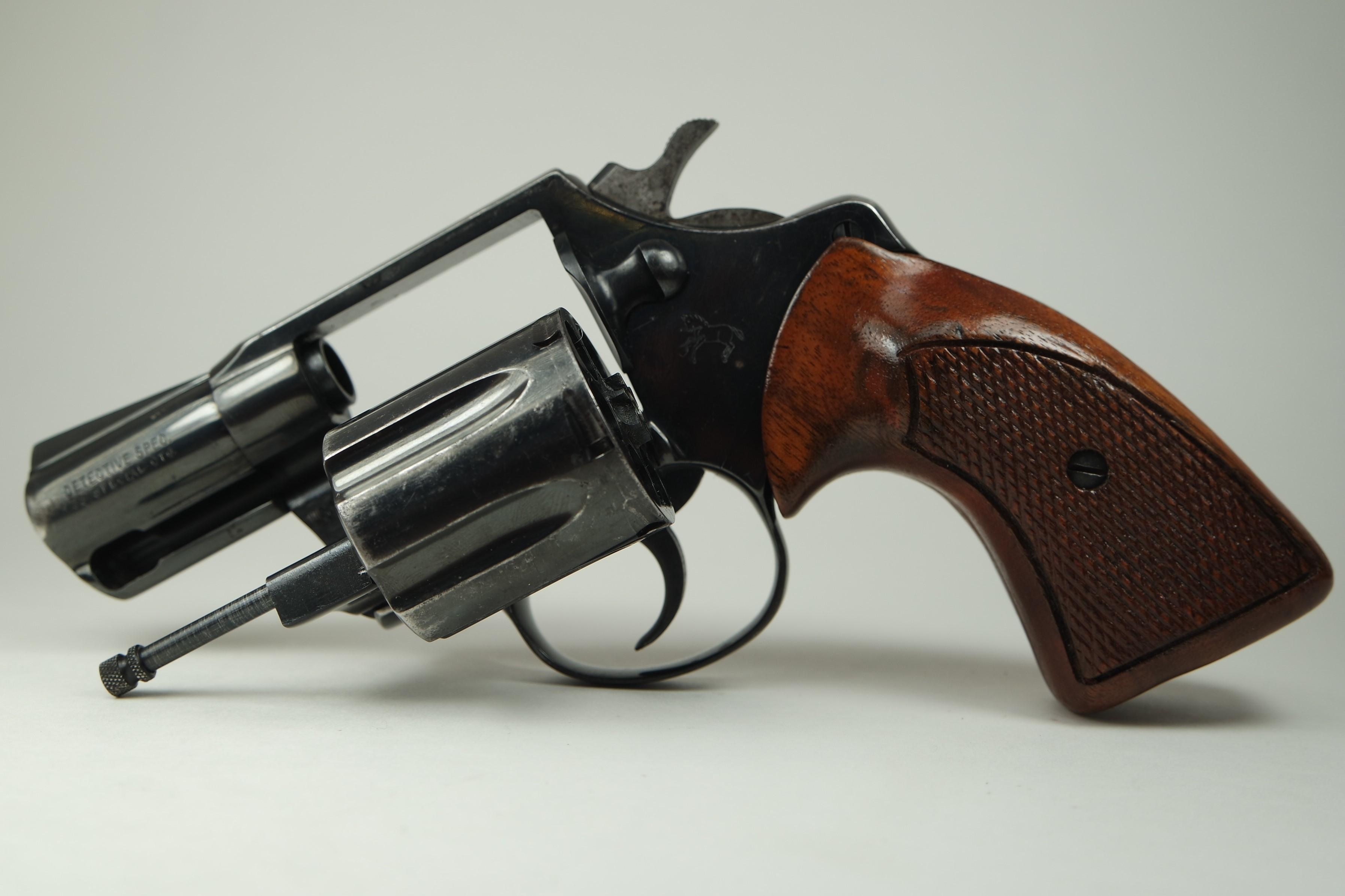 Colt Detective Spec .38 1975 H39965 Revolver Pre-Owned