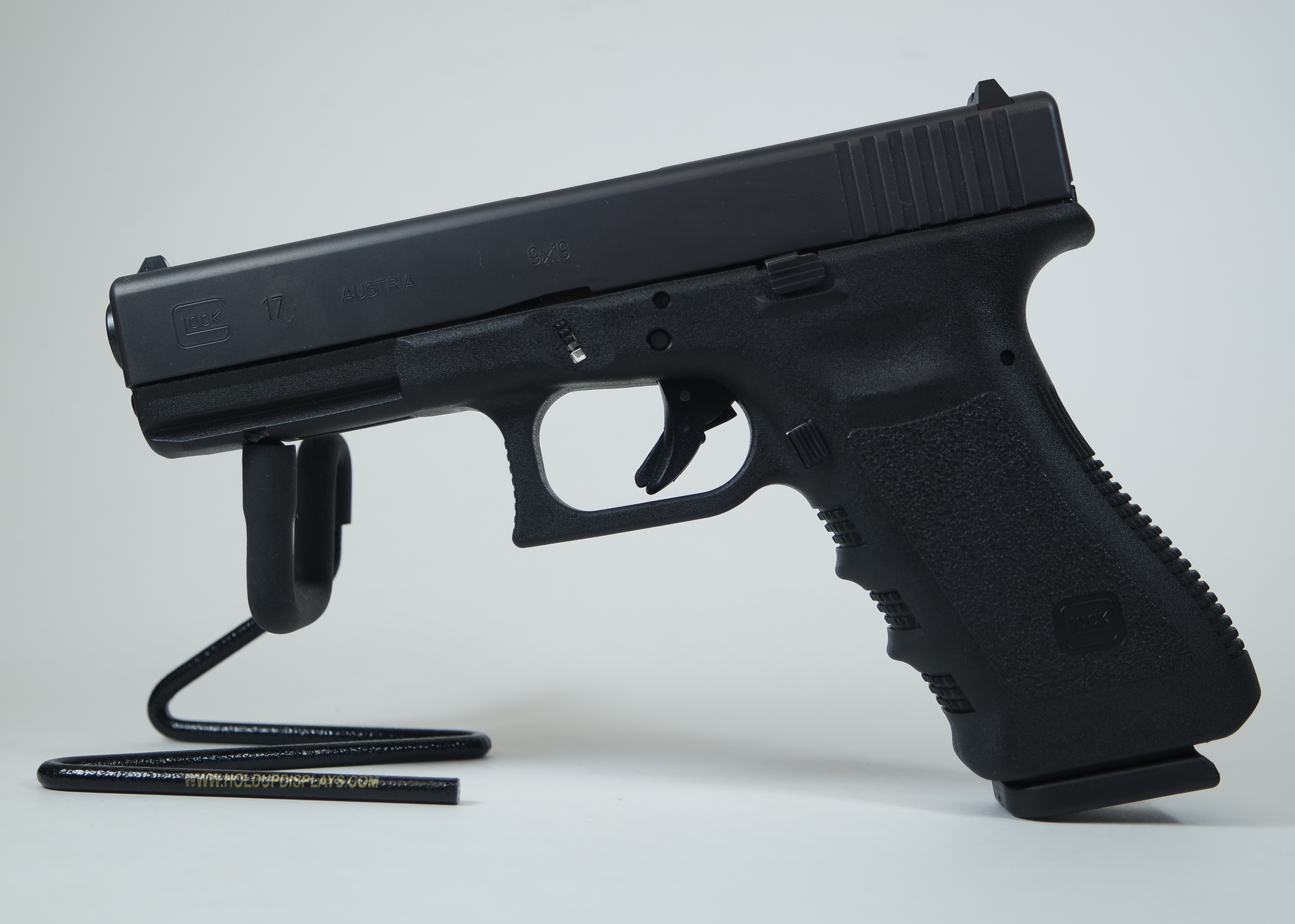 Glock 17 Gen3 Black 9mm 4.49-inch 17Rd FACTORY NEW