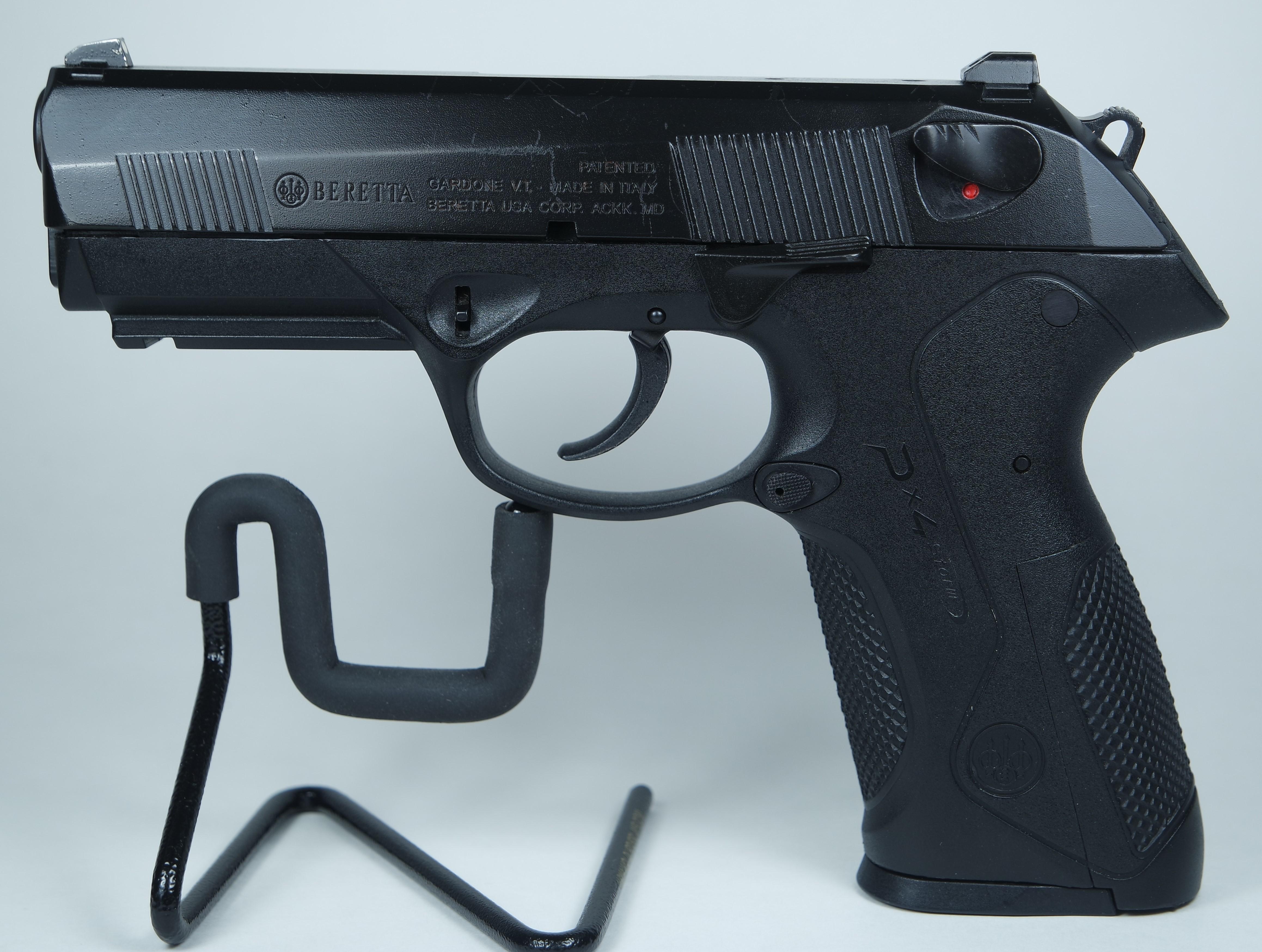 Beretta PX4 Storm Full Size .40 S&W Pistol Pre-onwed