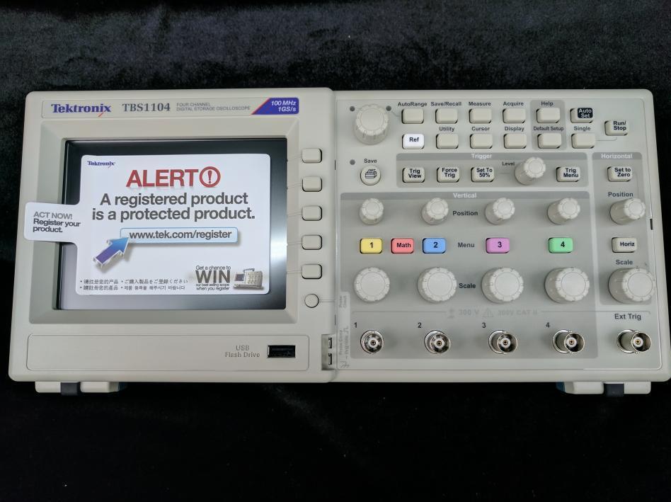 TEKTRONIX - TBS1104