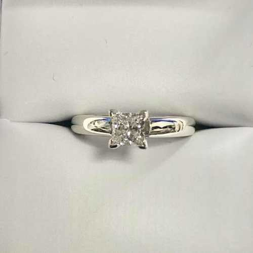 Princess Cut .70 ct Cathedral Set Diamond Engagemnt Ring in 14k White Gold