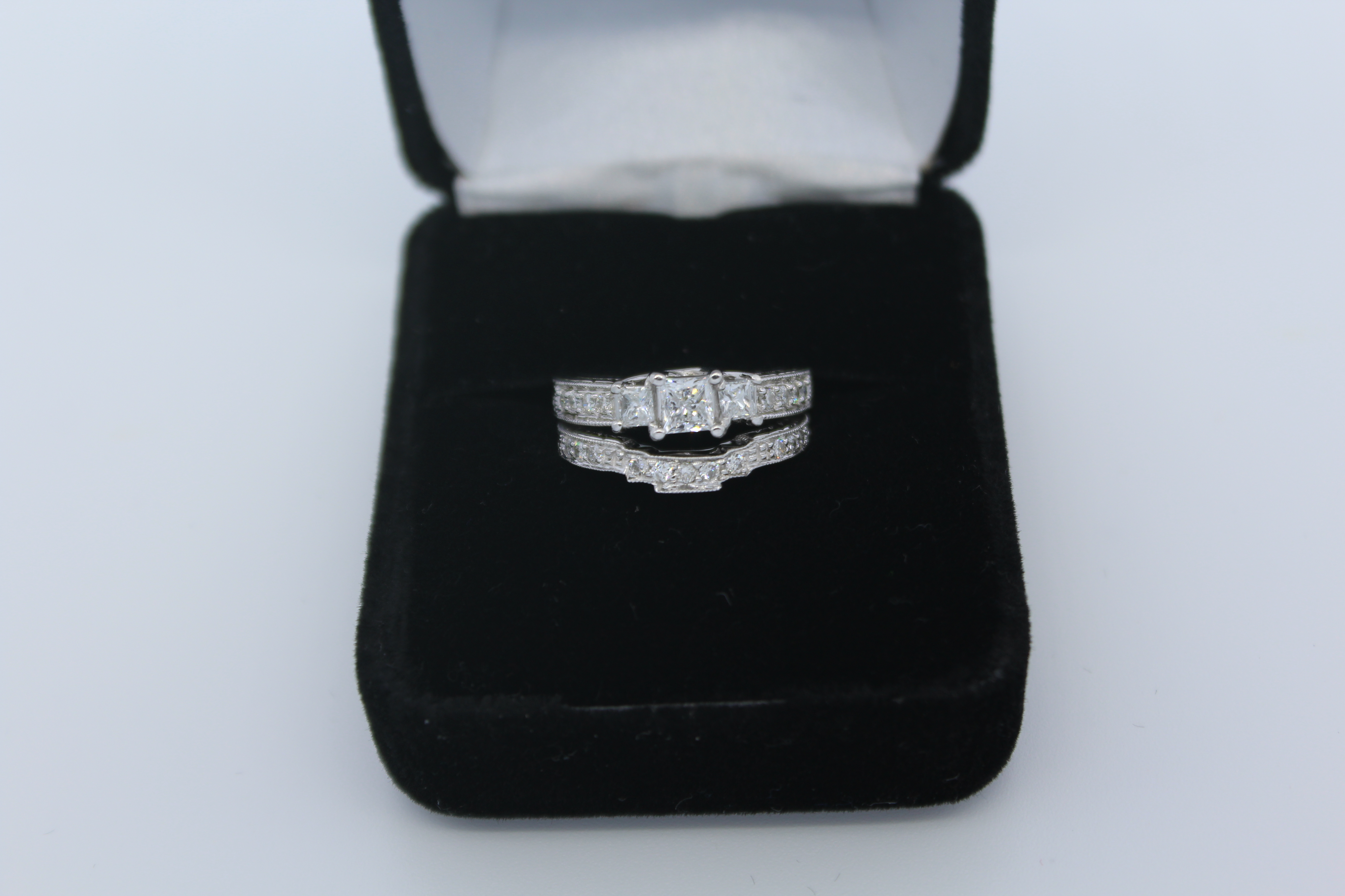 14K White Gold Diamond Engagement & Wedding Ring Set