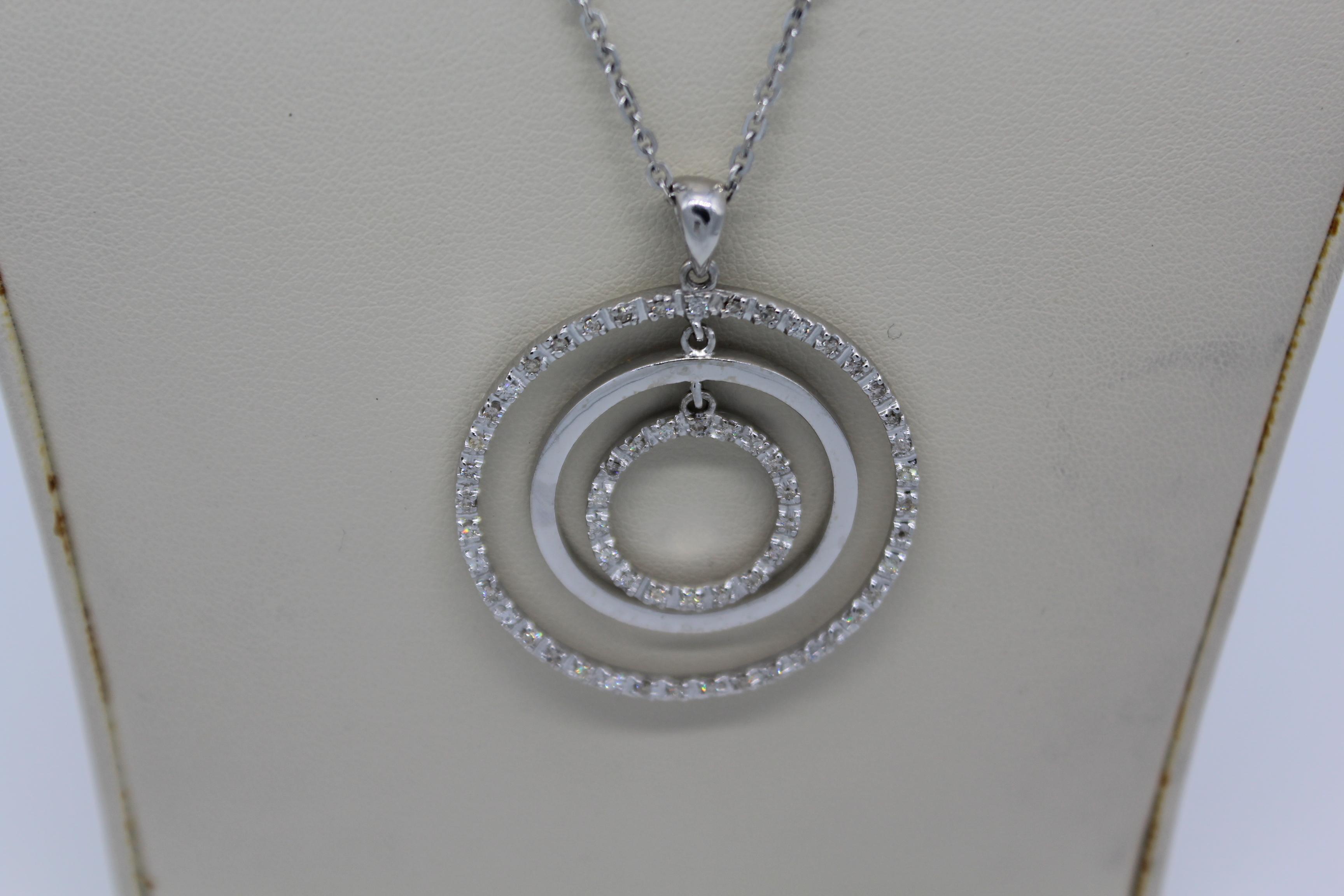 White Gold & Diamond Circles Necklace