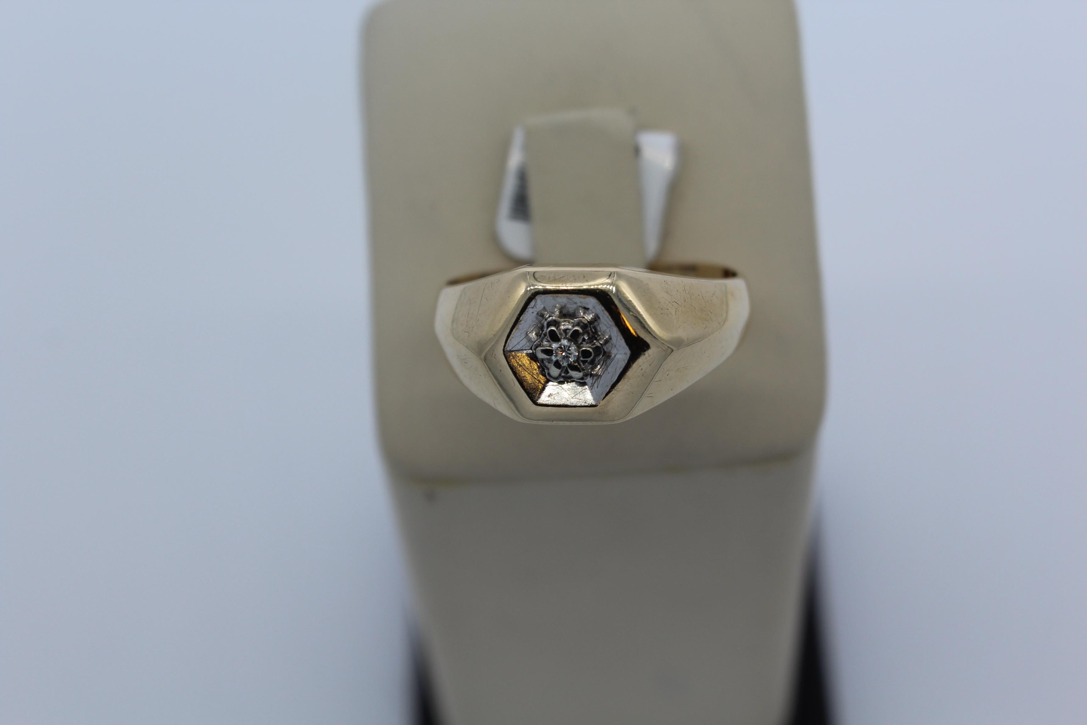 10K Yellow Gold Men's Ring