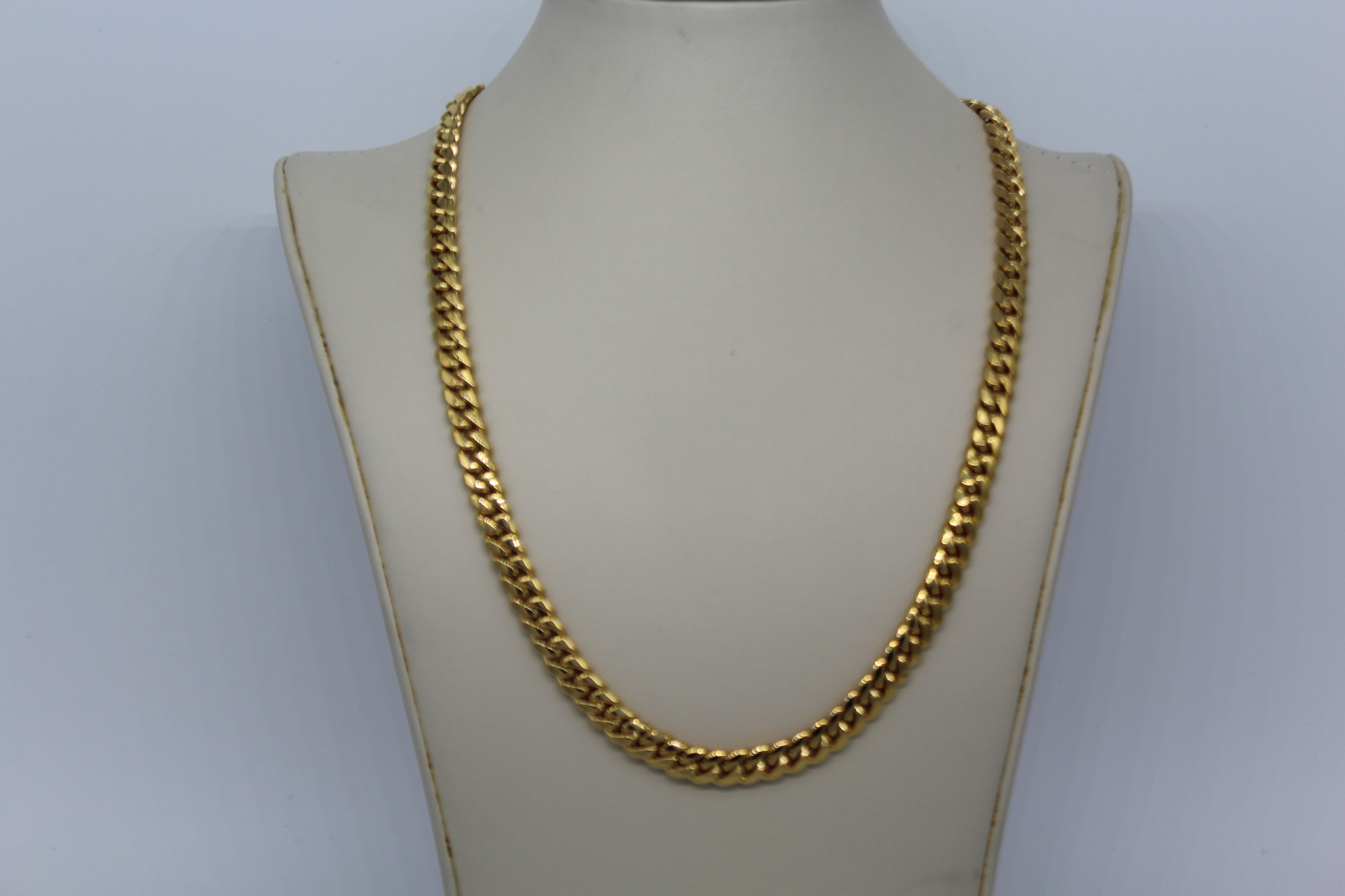 14K Yellow Gold 26