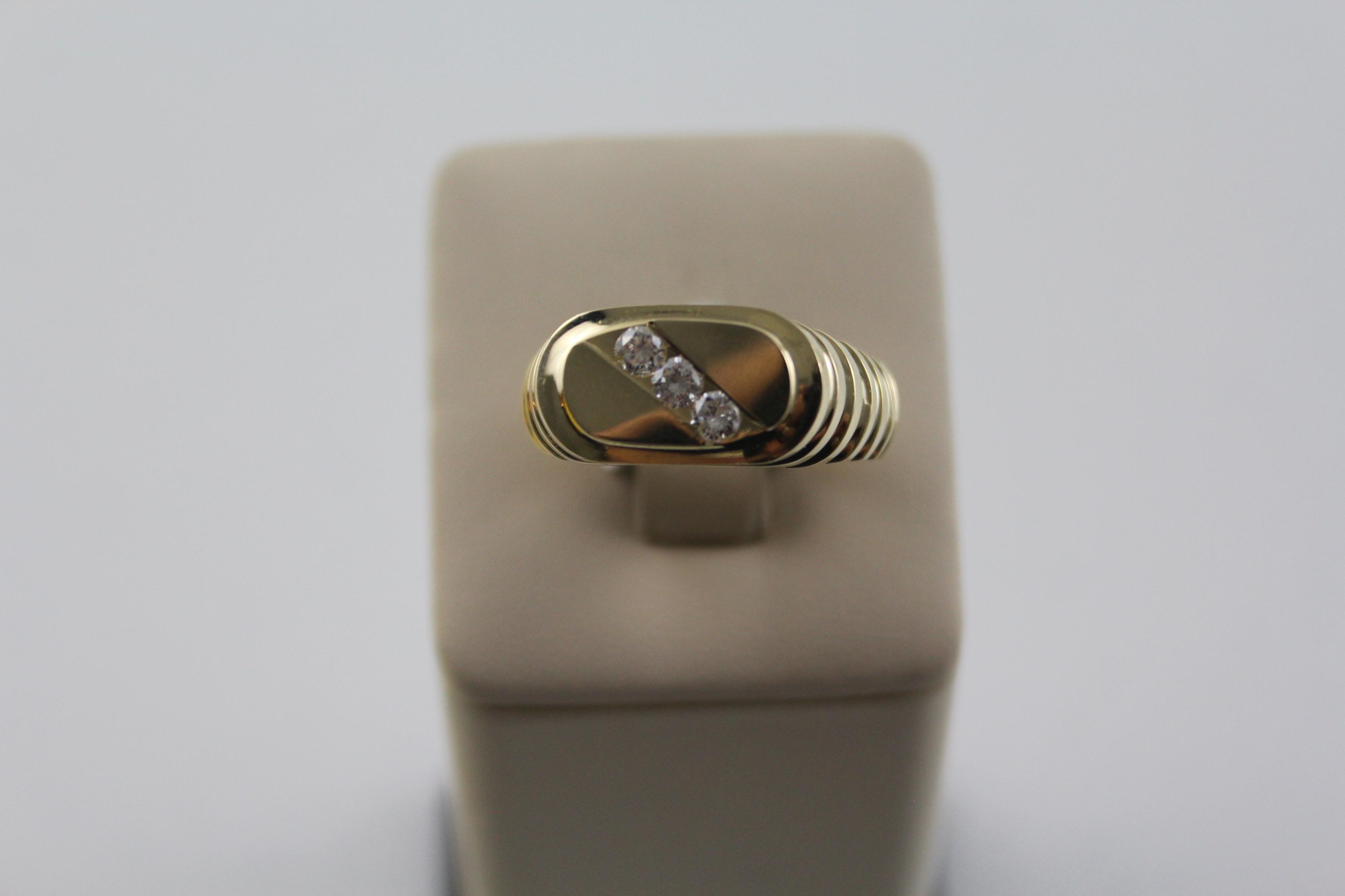 Men's 14K Yellow Gold Ring
